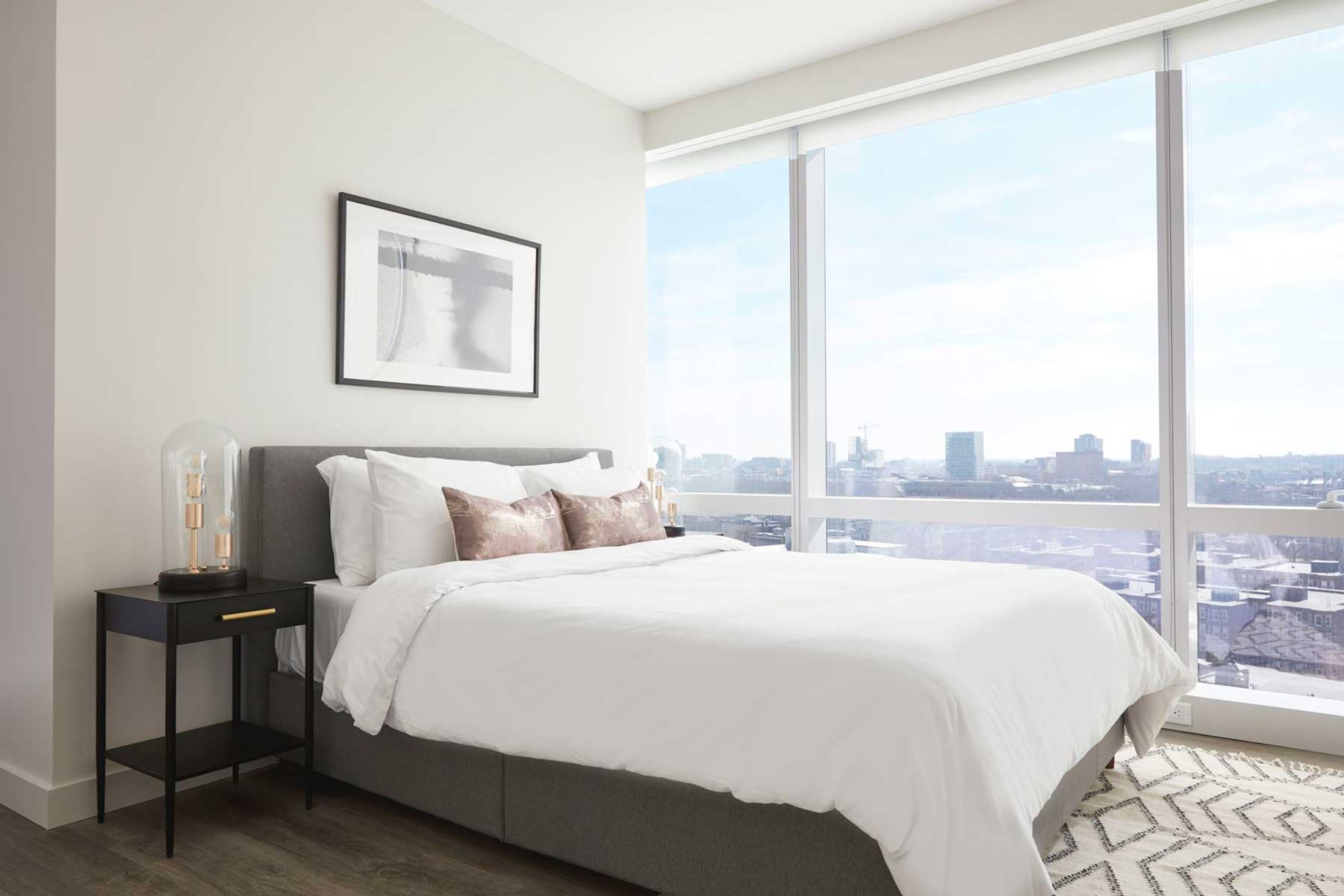 Bedroom with a view in Boston at Sonder Rental