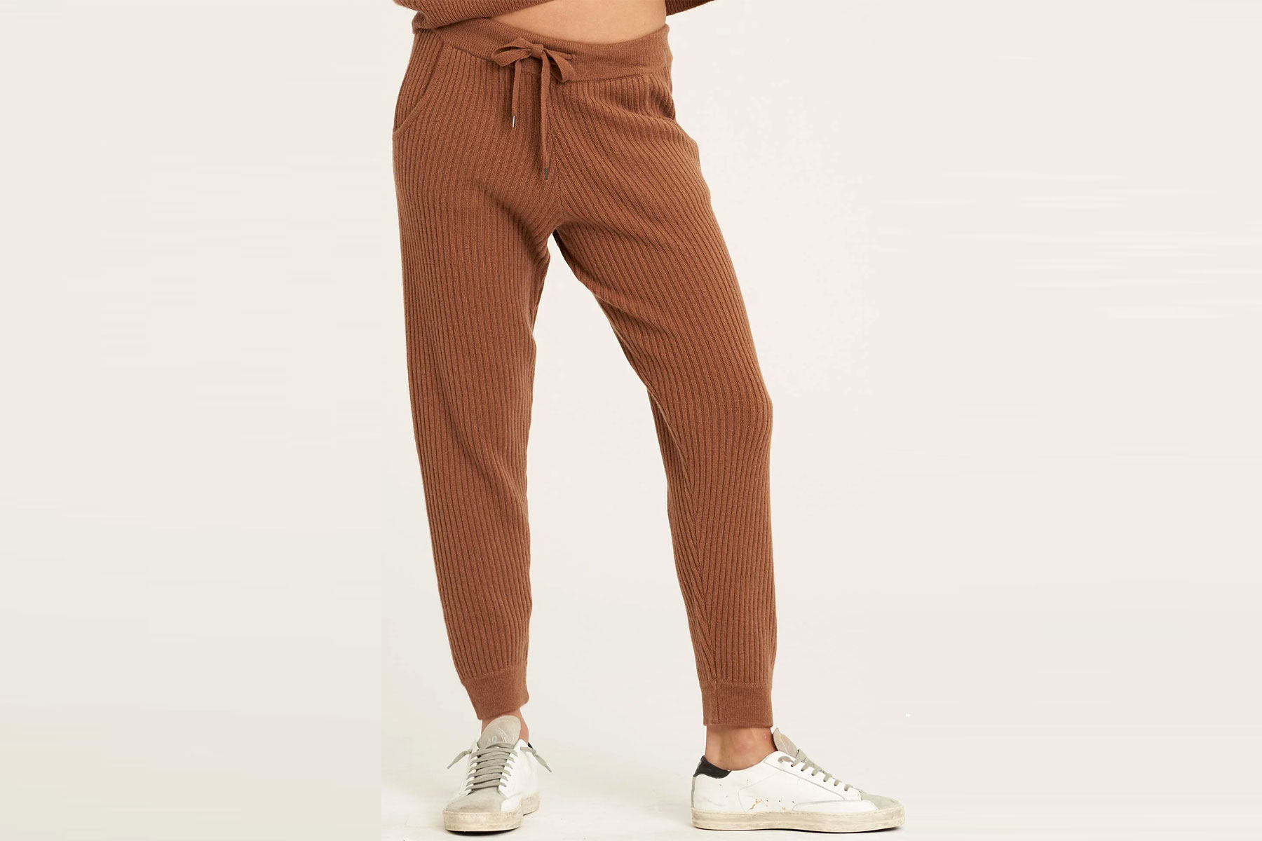 Brown/camel cashmere joggers