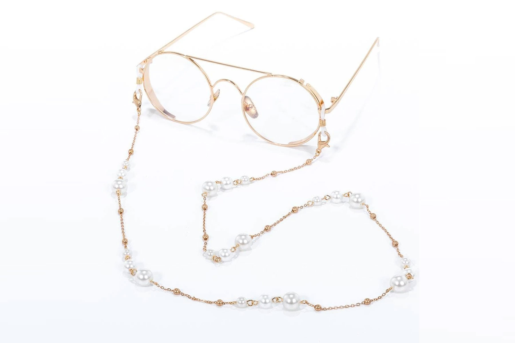 Gold and pearl mask/glasses chain