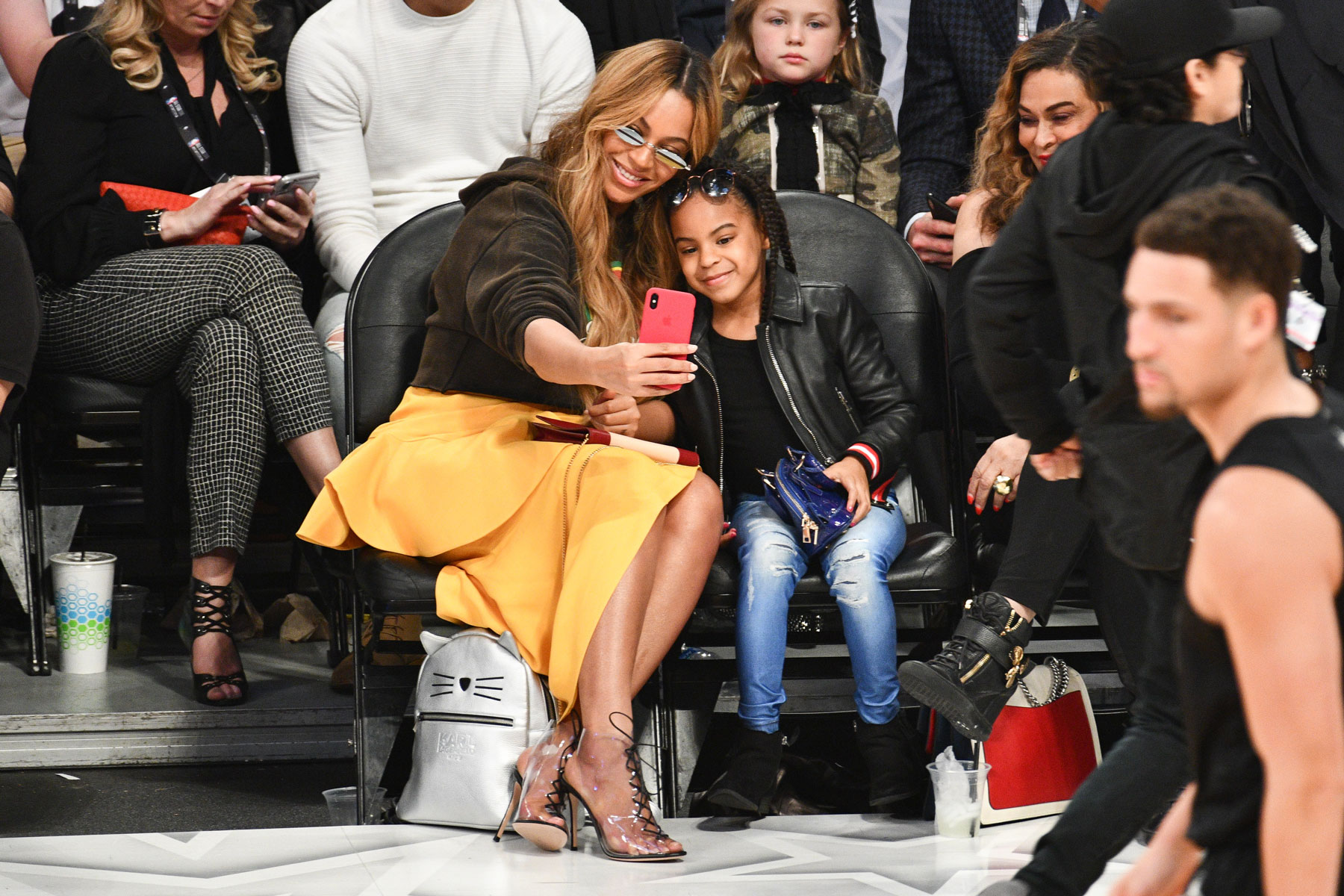 Beyonce taking a selfie with Blue Ivy