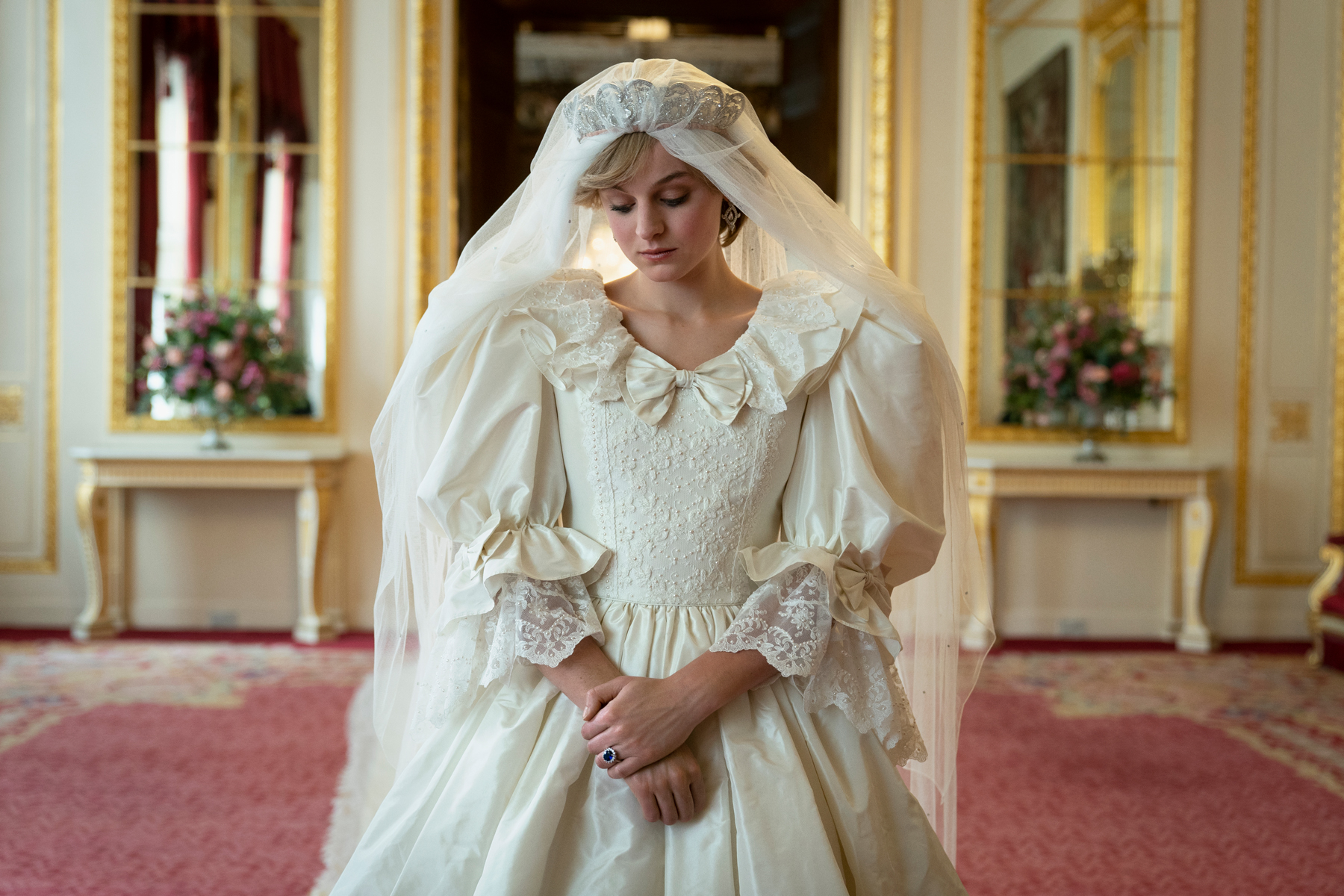 The Crown S4. Picture shows: Princess Diana (EMMA CORRIN) in wedding gown