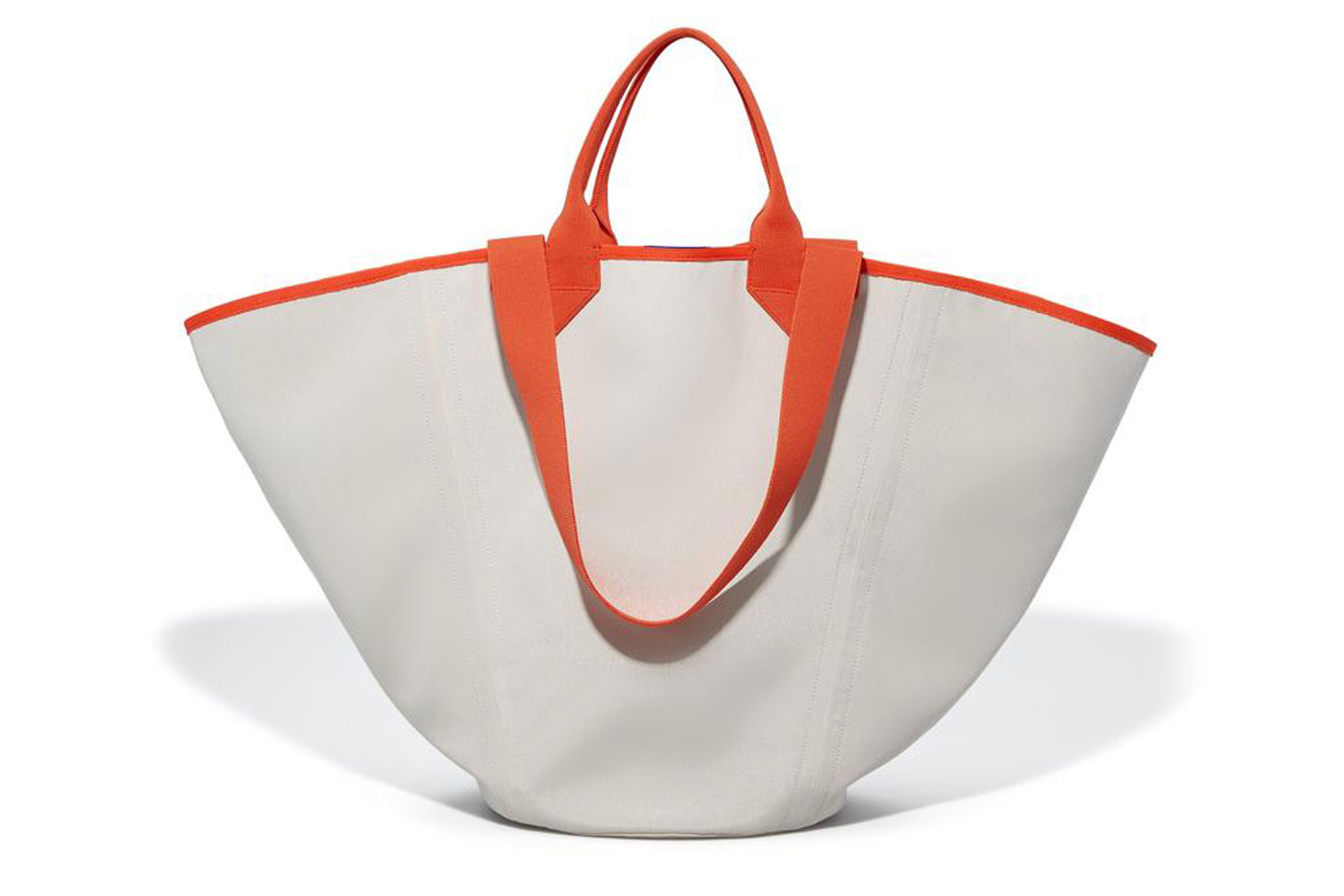 White and red beach bag tote