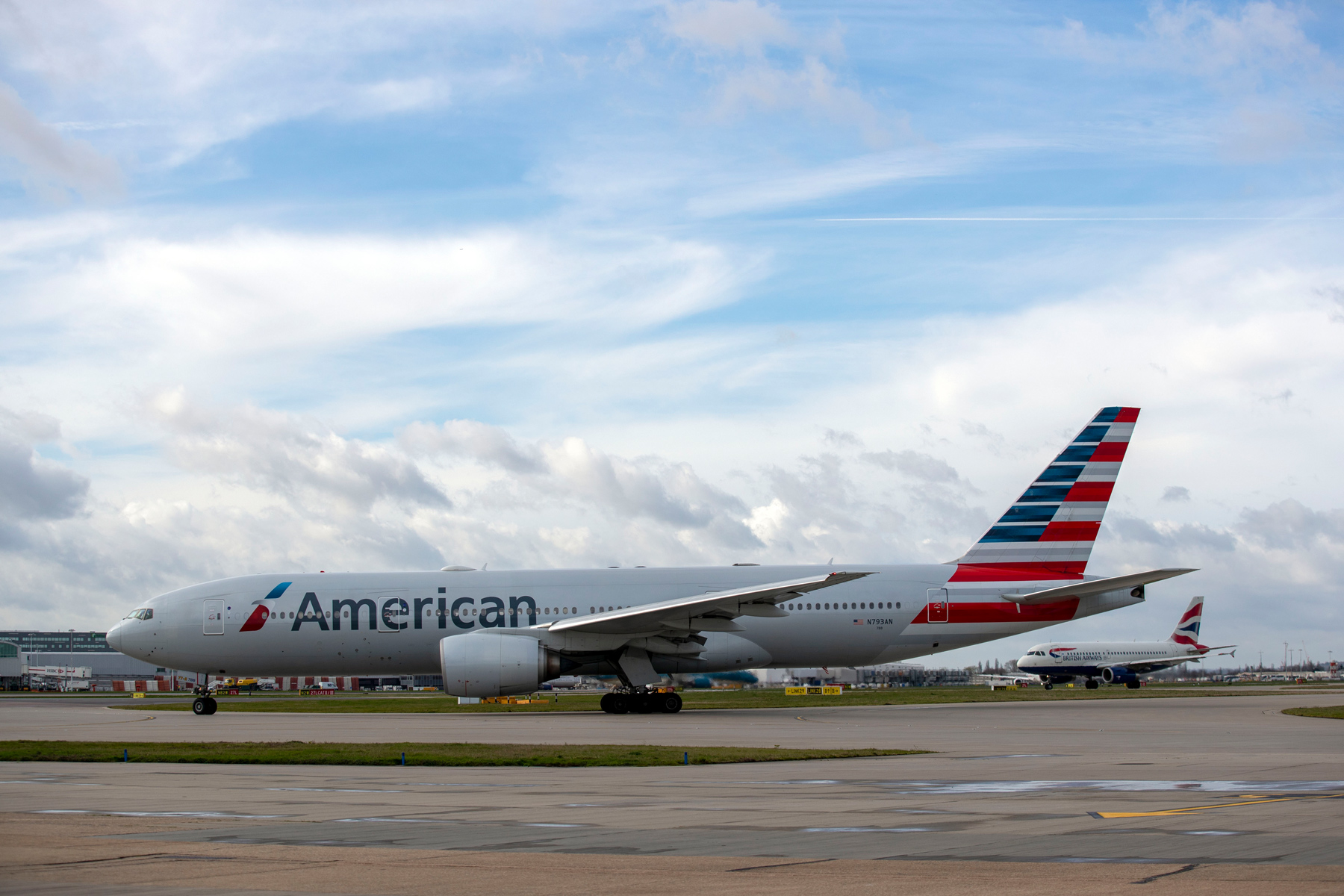 American Airlines plane taxis to the southern runway at Heathrow Airport
