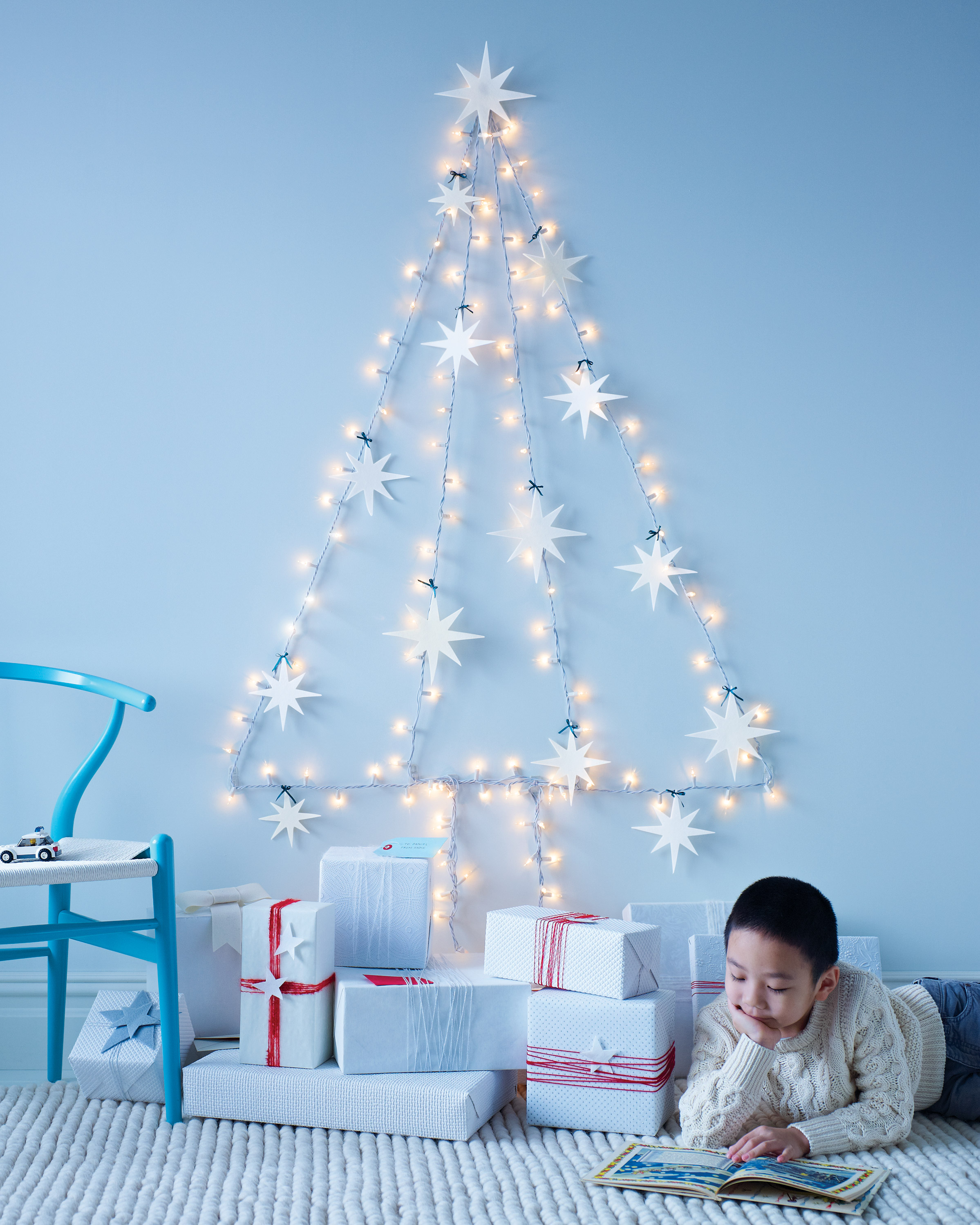 17 Ways To Decorate Your Home With Christmas Lights Martha Stewart