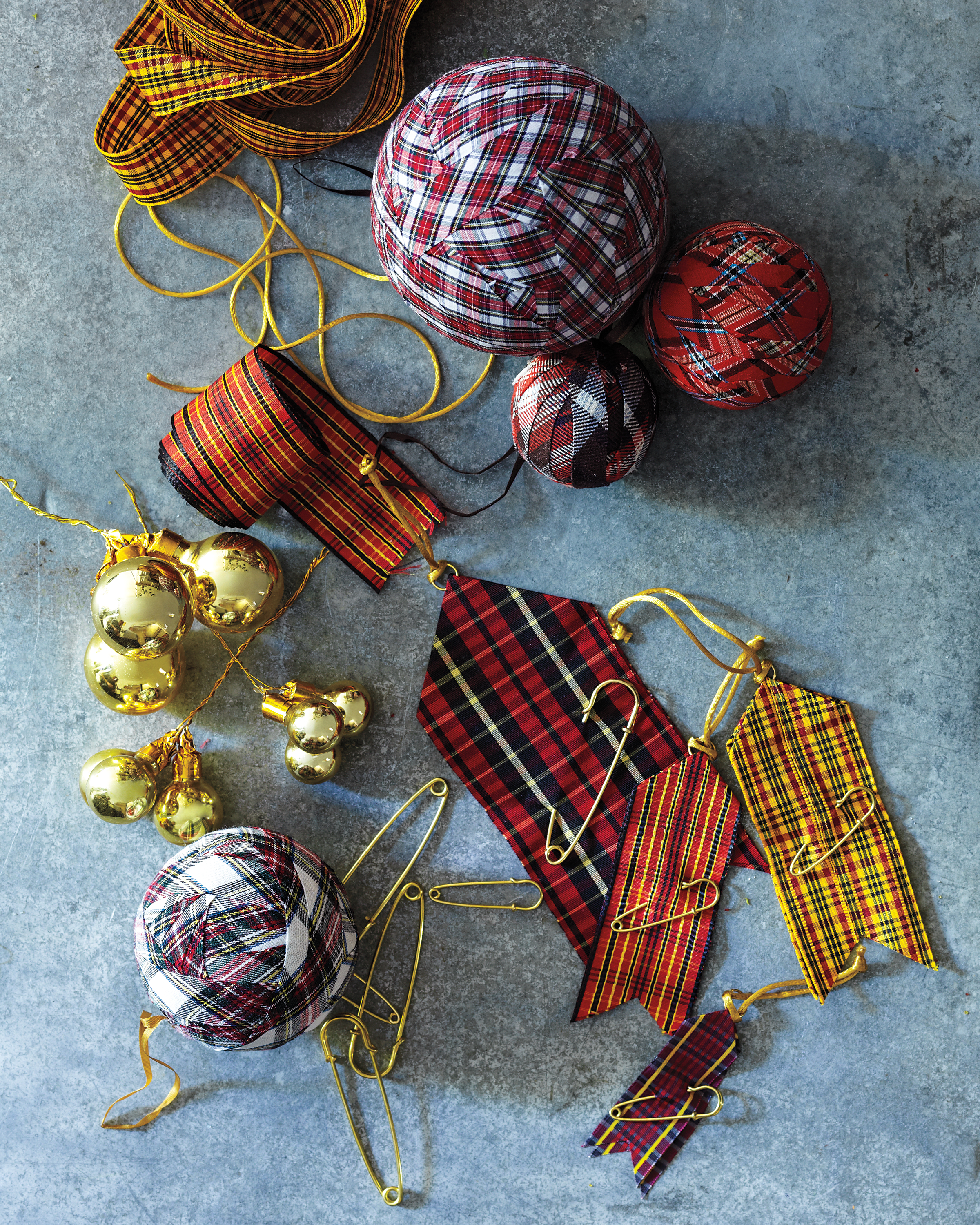 Plaid Ball Ornament