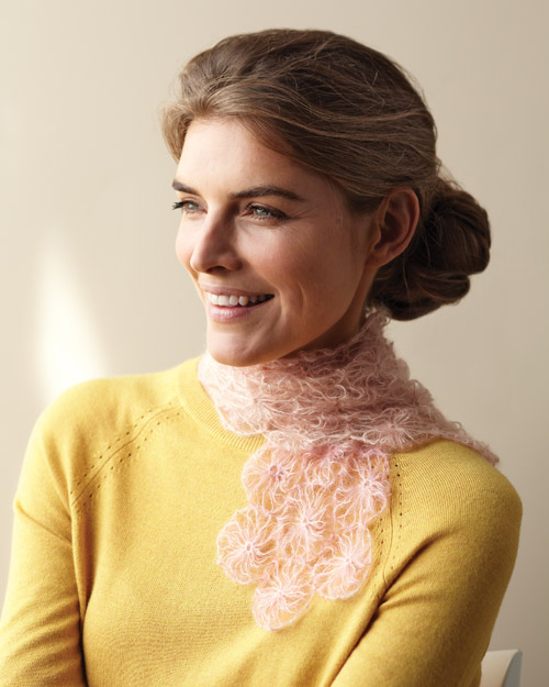 No-Knit Rosette Scarf