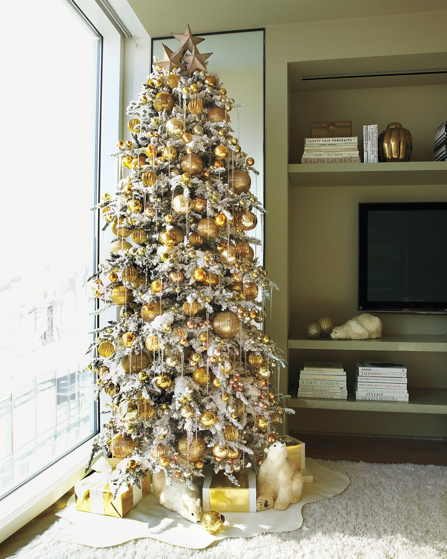 Christmas Tree Decorations Ideas.Creative Christmas Tree Decorating Ideas Martha Stewart