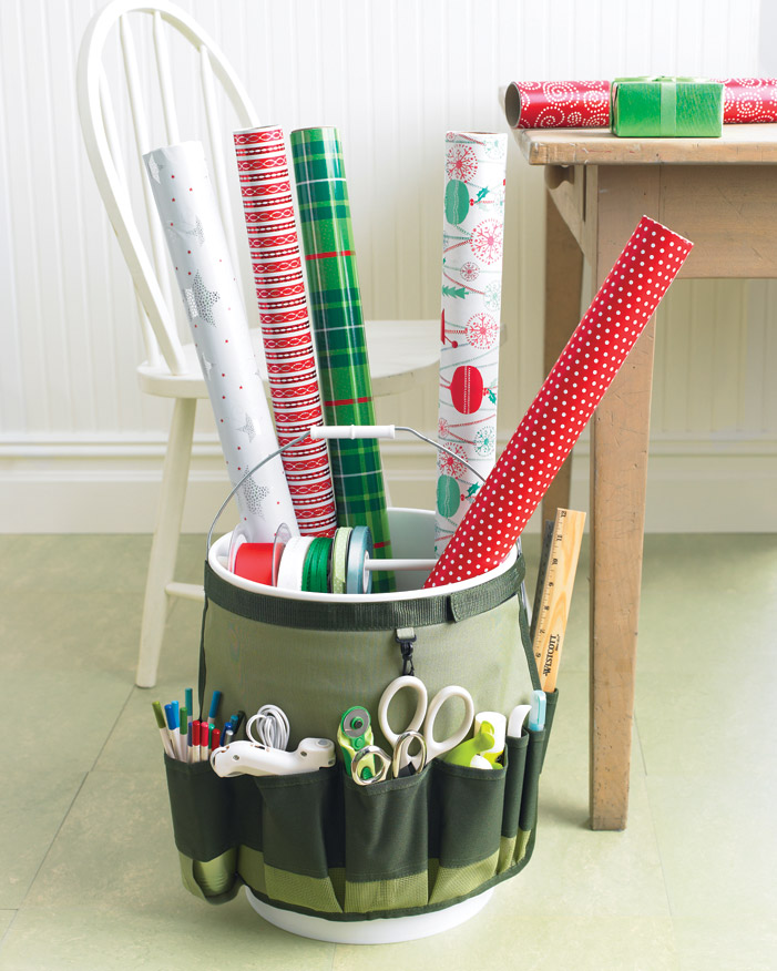 Portable Gift-Wrapping Station