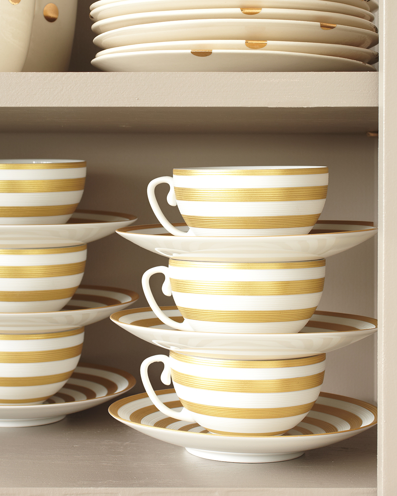 Teacup Storage Solution