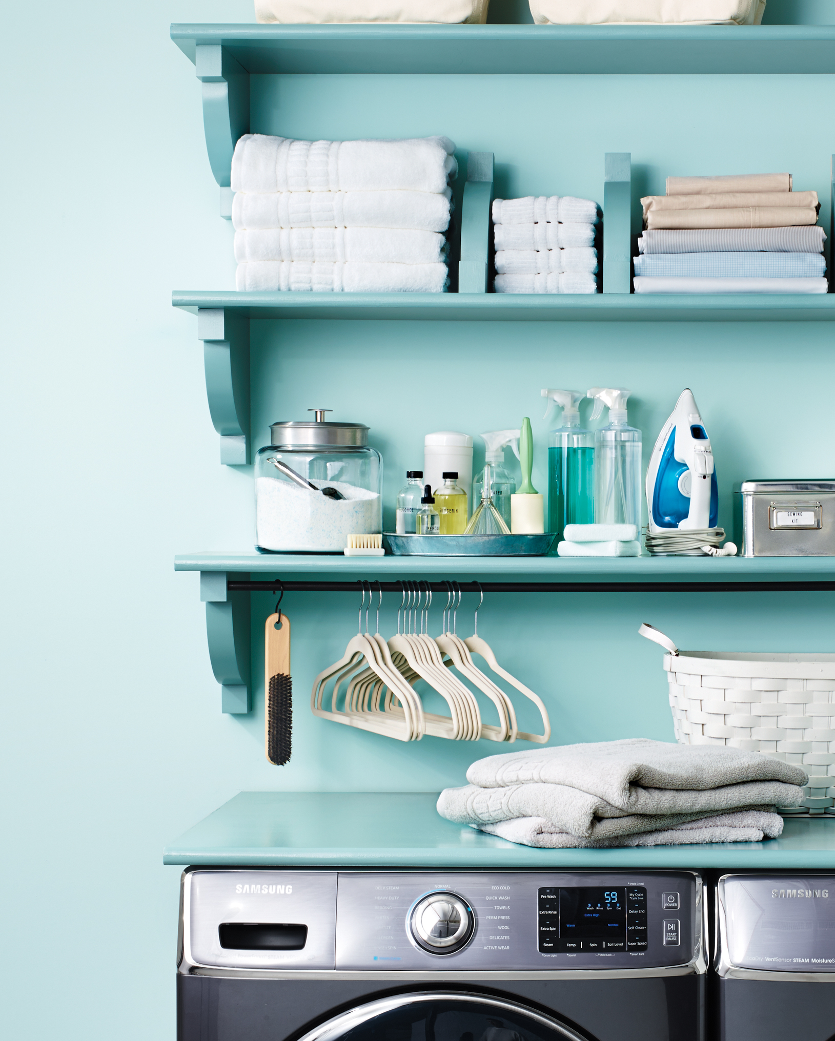 shelving-laundry-room-113-d112185.jpg