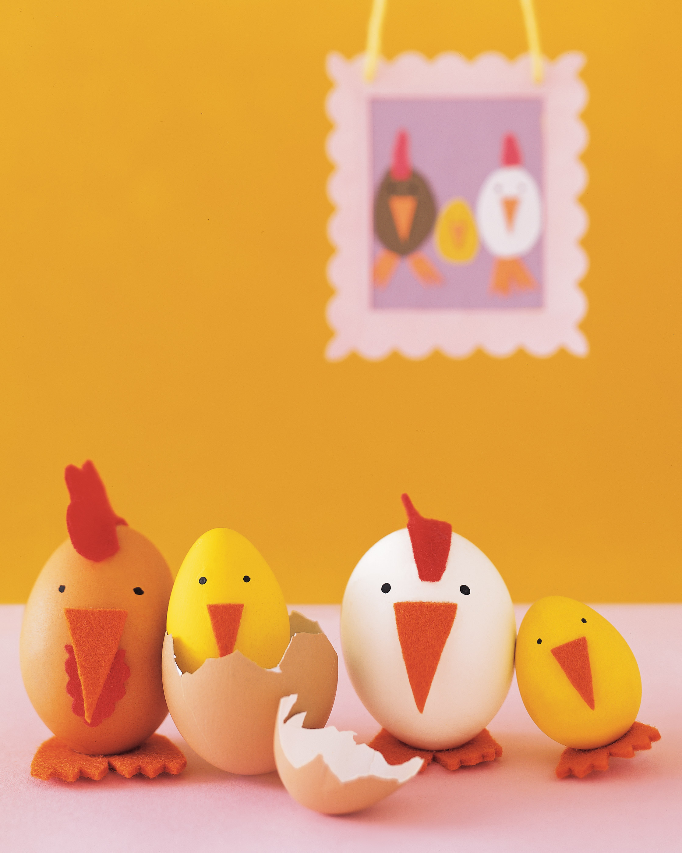 kids_spring06_egg_chickens.jpg