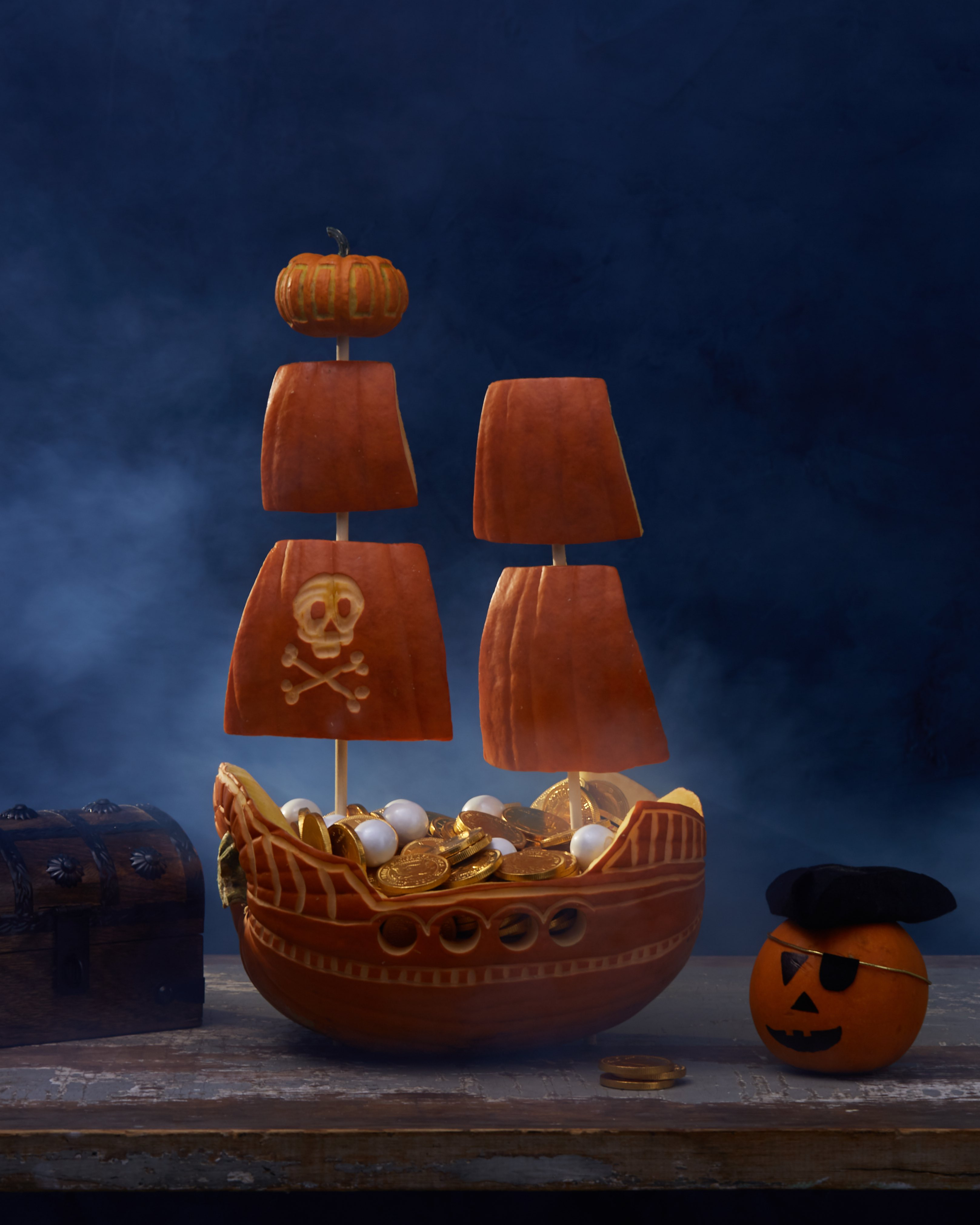 pirate ship pumpkin