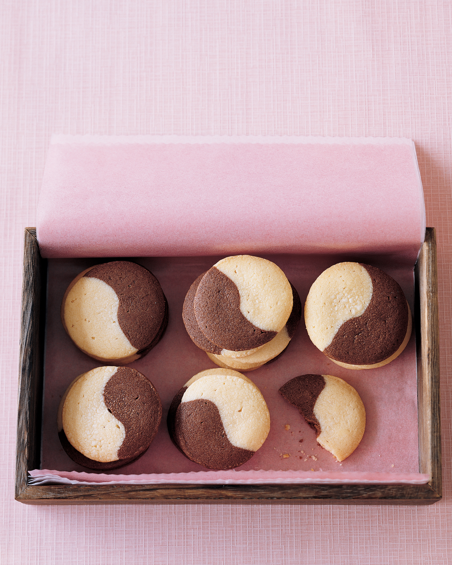 Vanilla Chocolate Wafers