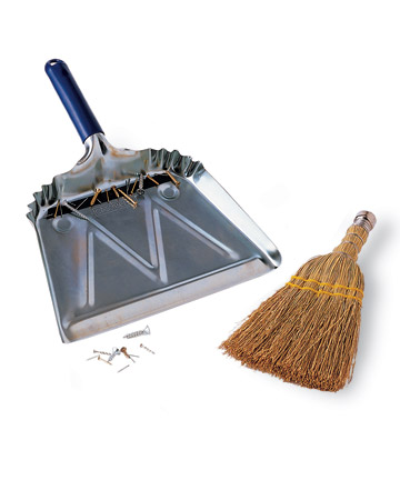 msl_jun06_dustpan.jpg