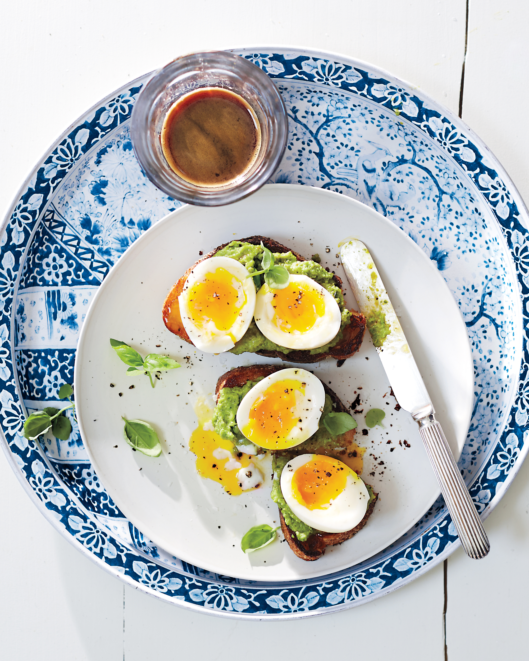 Green-Pea Pesto Toasts with Soft-Cooked Eggs