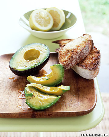 Avocado with Lemon and Olive Oil