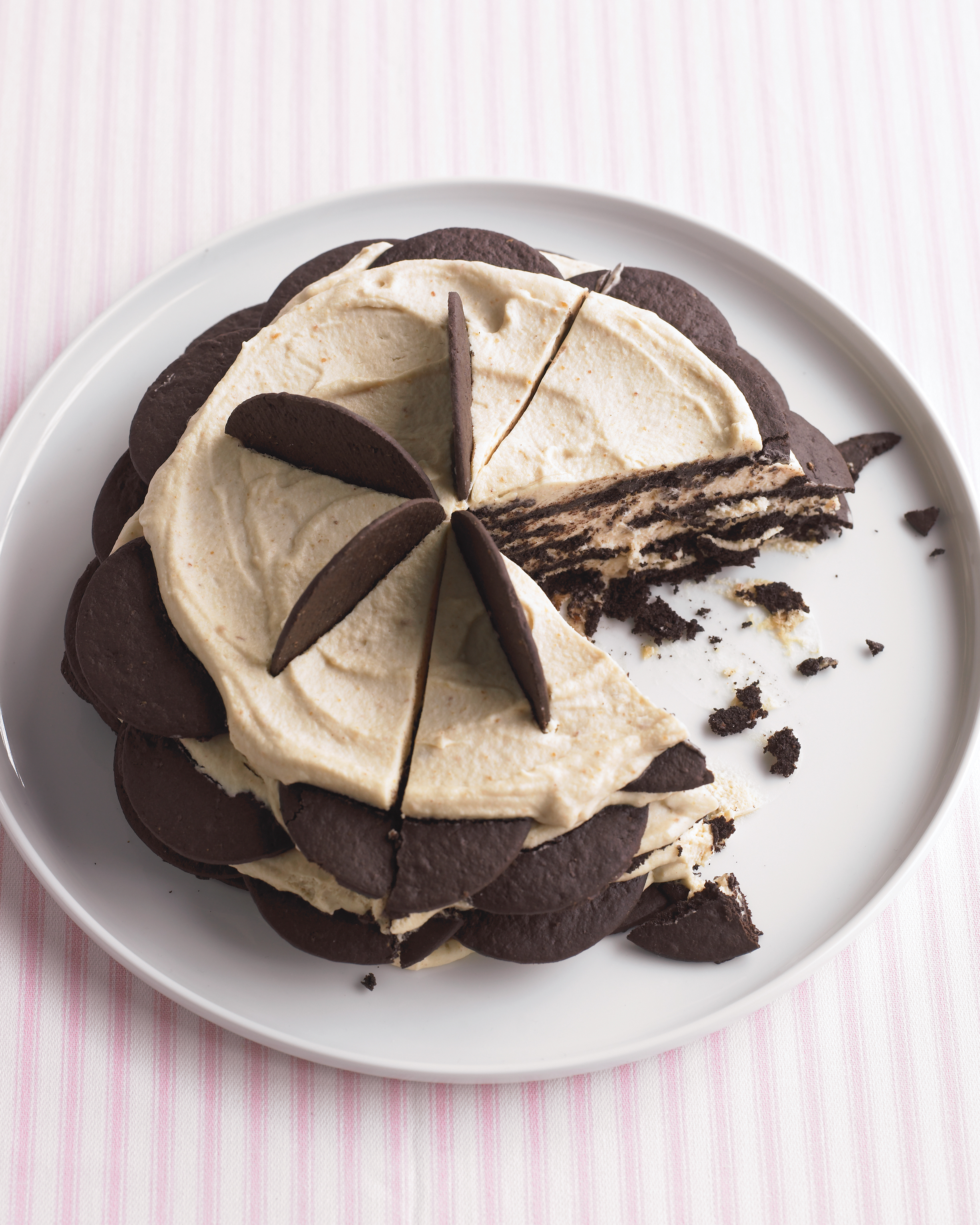 Chocolate Peanut-Butter Icebox Cake