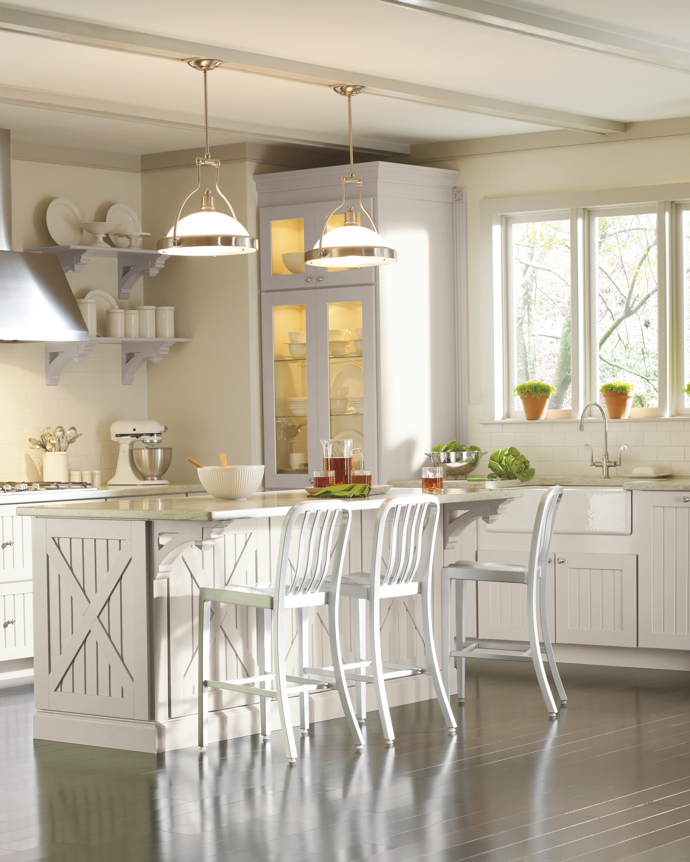 Country: Martha Stewart Living Seal Harbor Kitchen