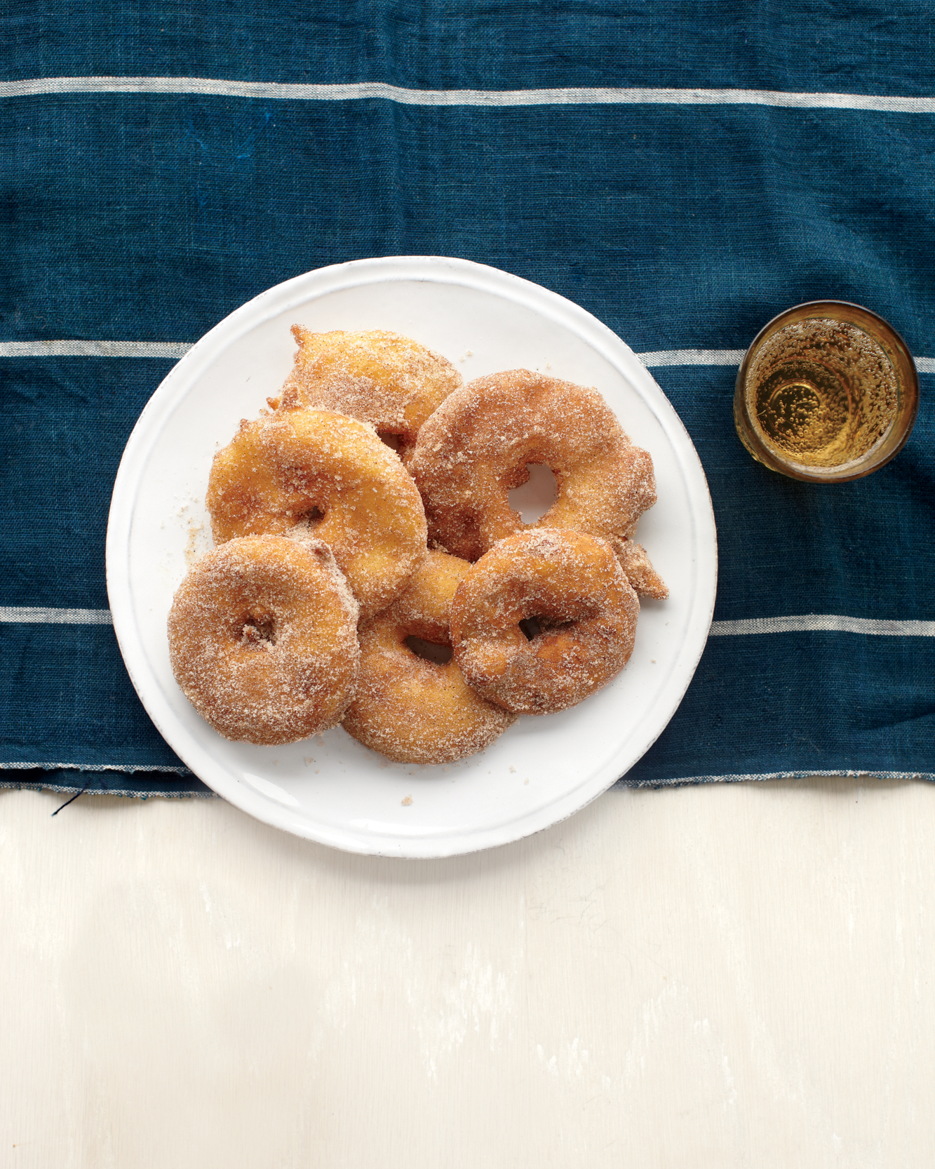 apple-fritter-rings-med108019.jpg