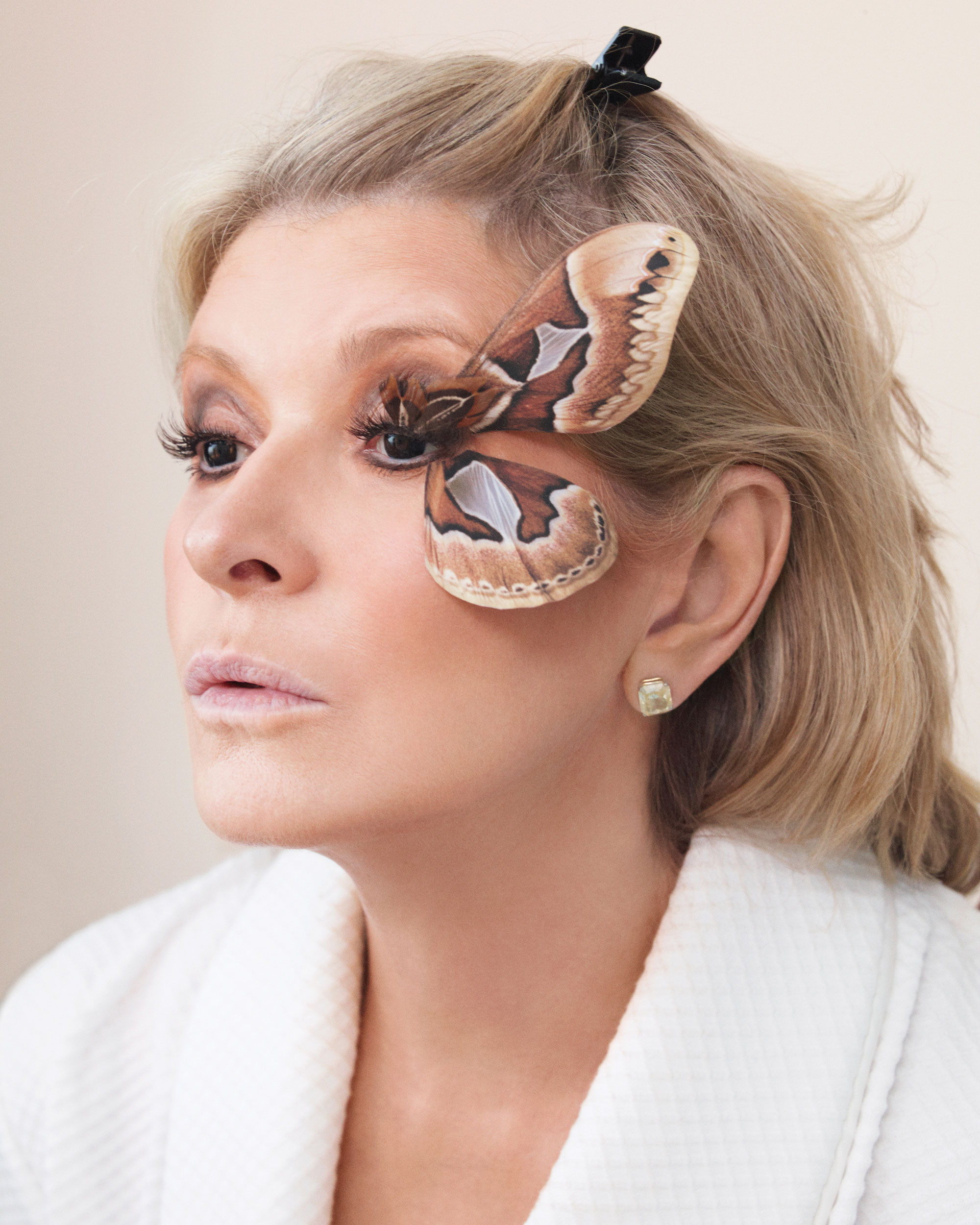 lashes-motha-costume-1011sip107679.jpg