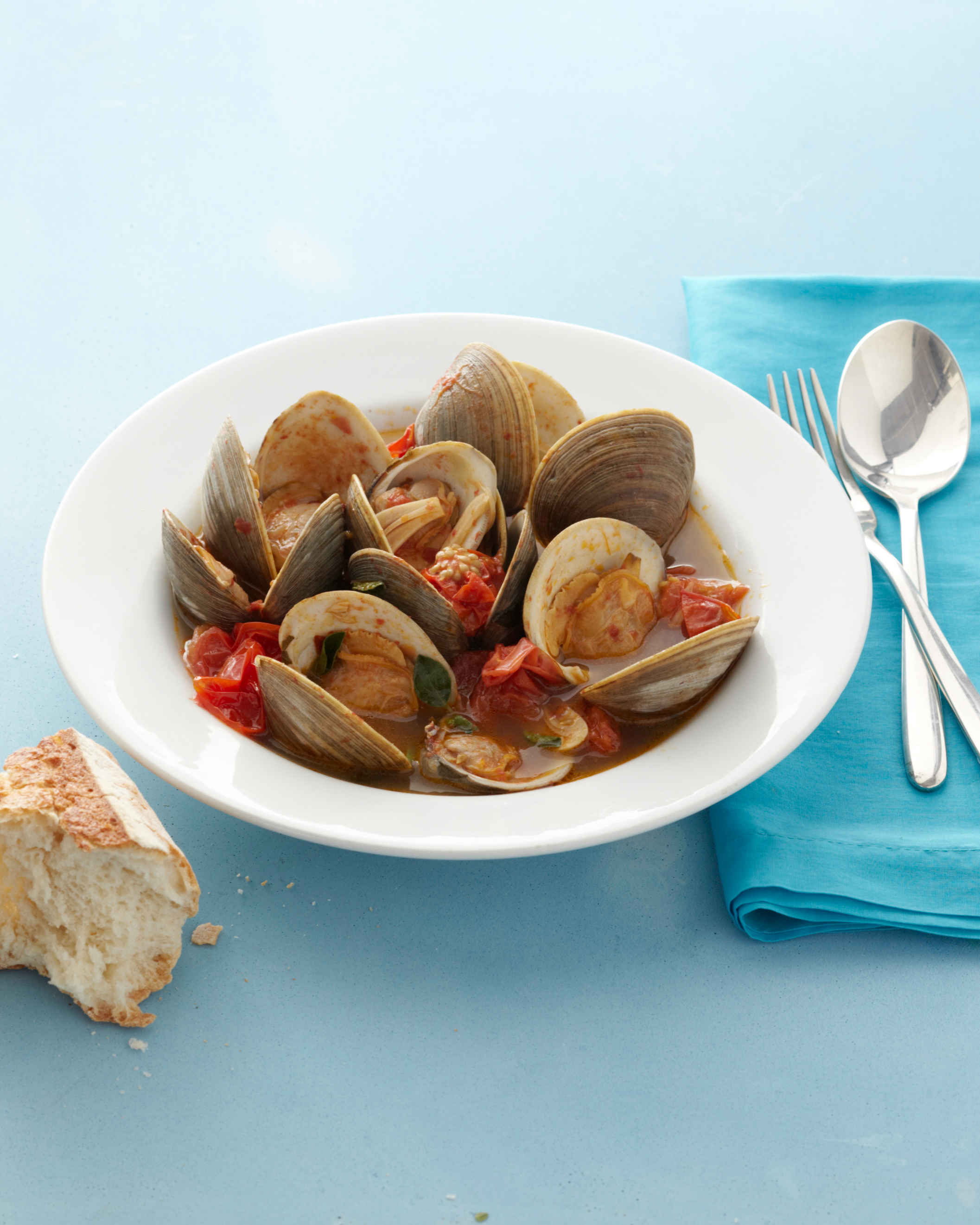 clams-tomatoes-ed110107.jpg
