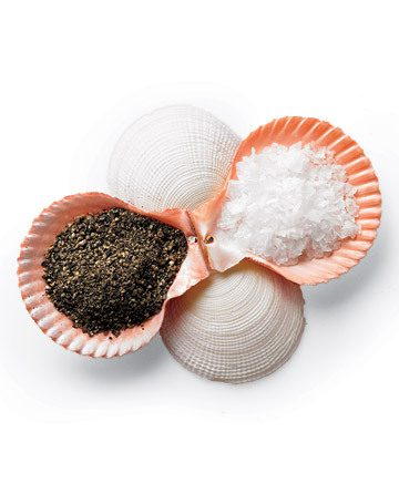 sea shell salt-and-pepper dishes