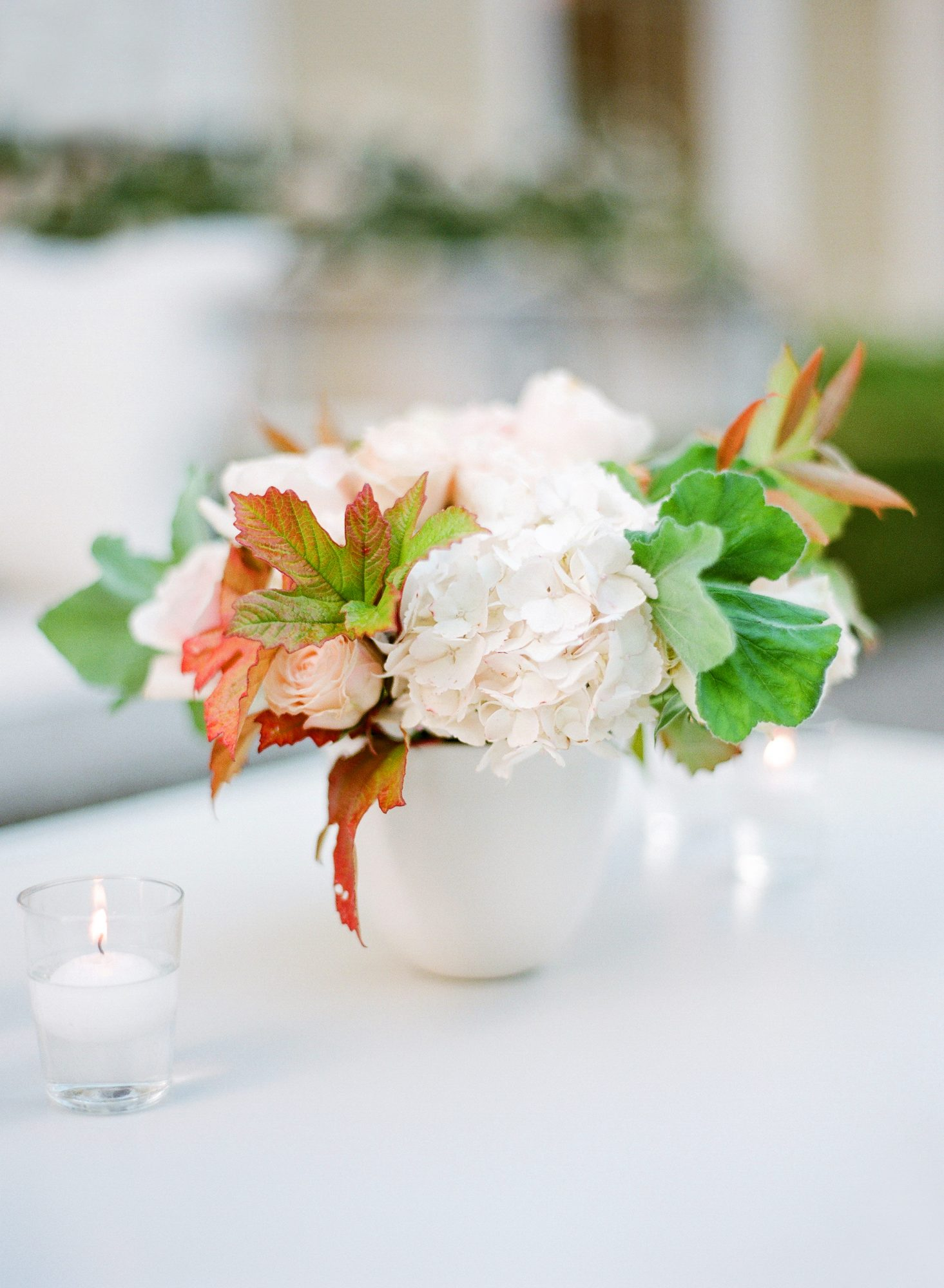 wedding centerpieces white flowers fall leaves