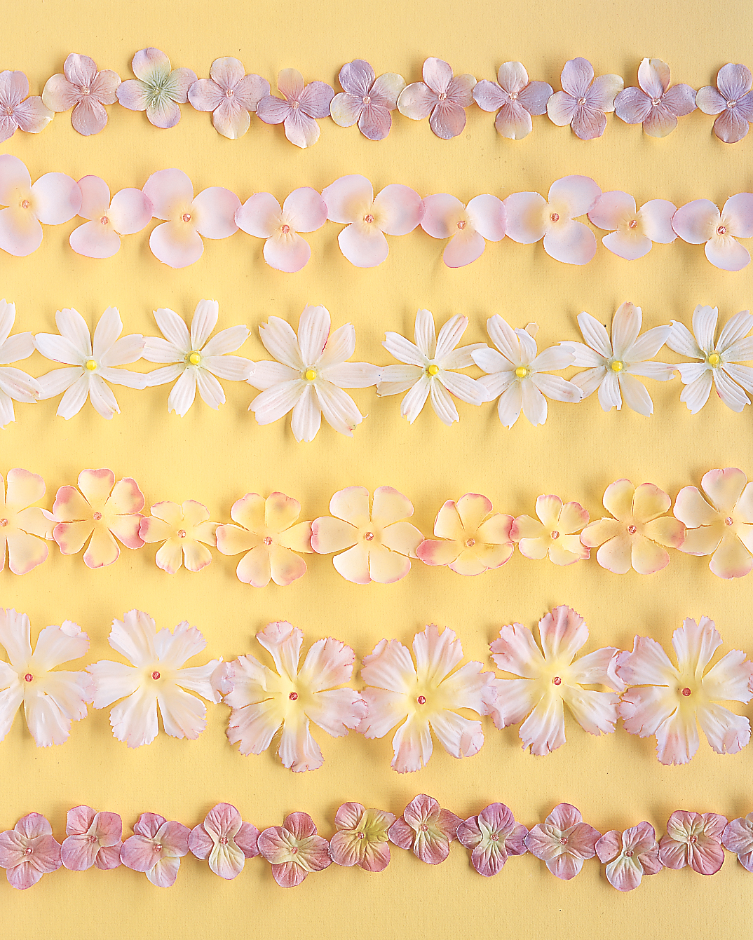 diy-beach-wedding-ideas-silk-petal-garlands-sp03-0615.jpg