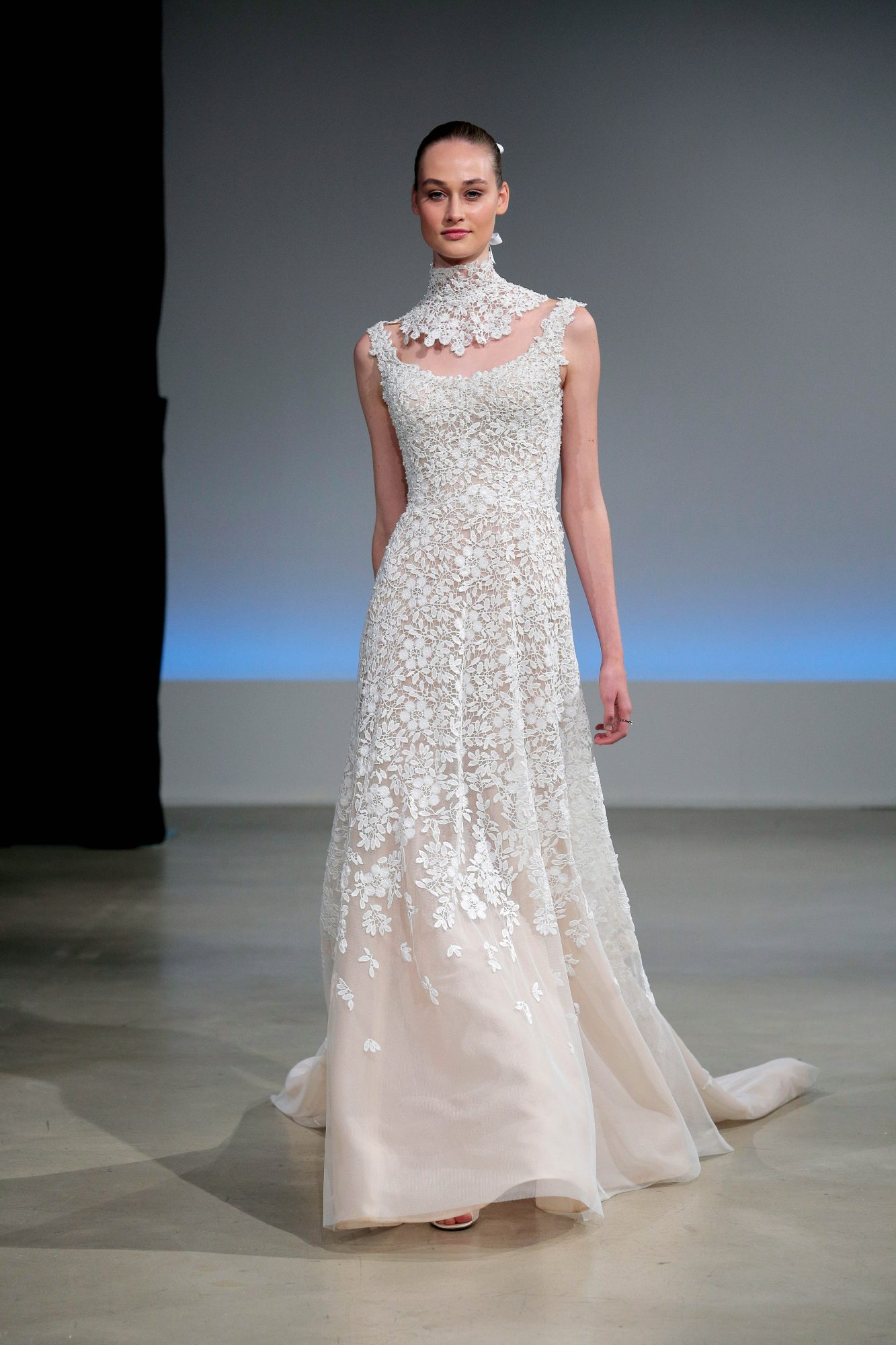 Isabelle Armstrong Fall 2017 Wedding Dress Collection
