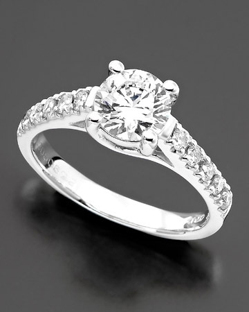 1-1/2ct.t.w Engagement Ring
