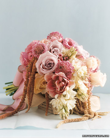 Bouquet with an Antique Romance