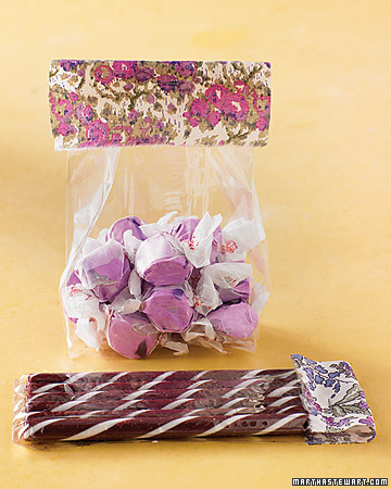 Wisteria Table Favor