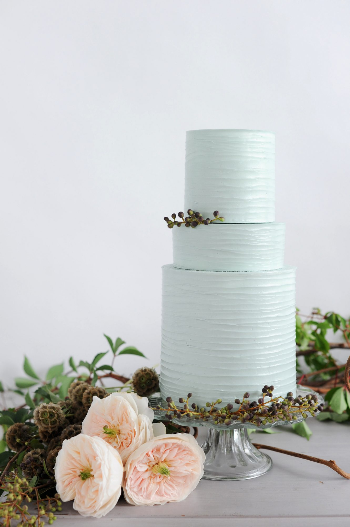 pastel wedding cake katie lopez photography earth and sugar