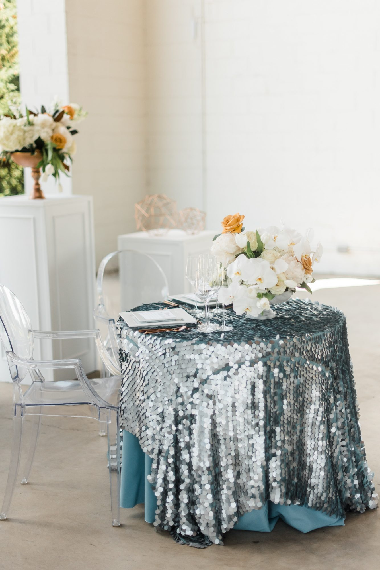 sparkling sweetheart table