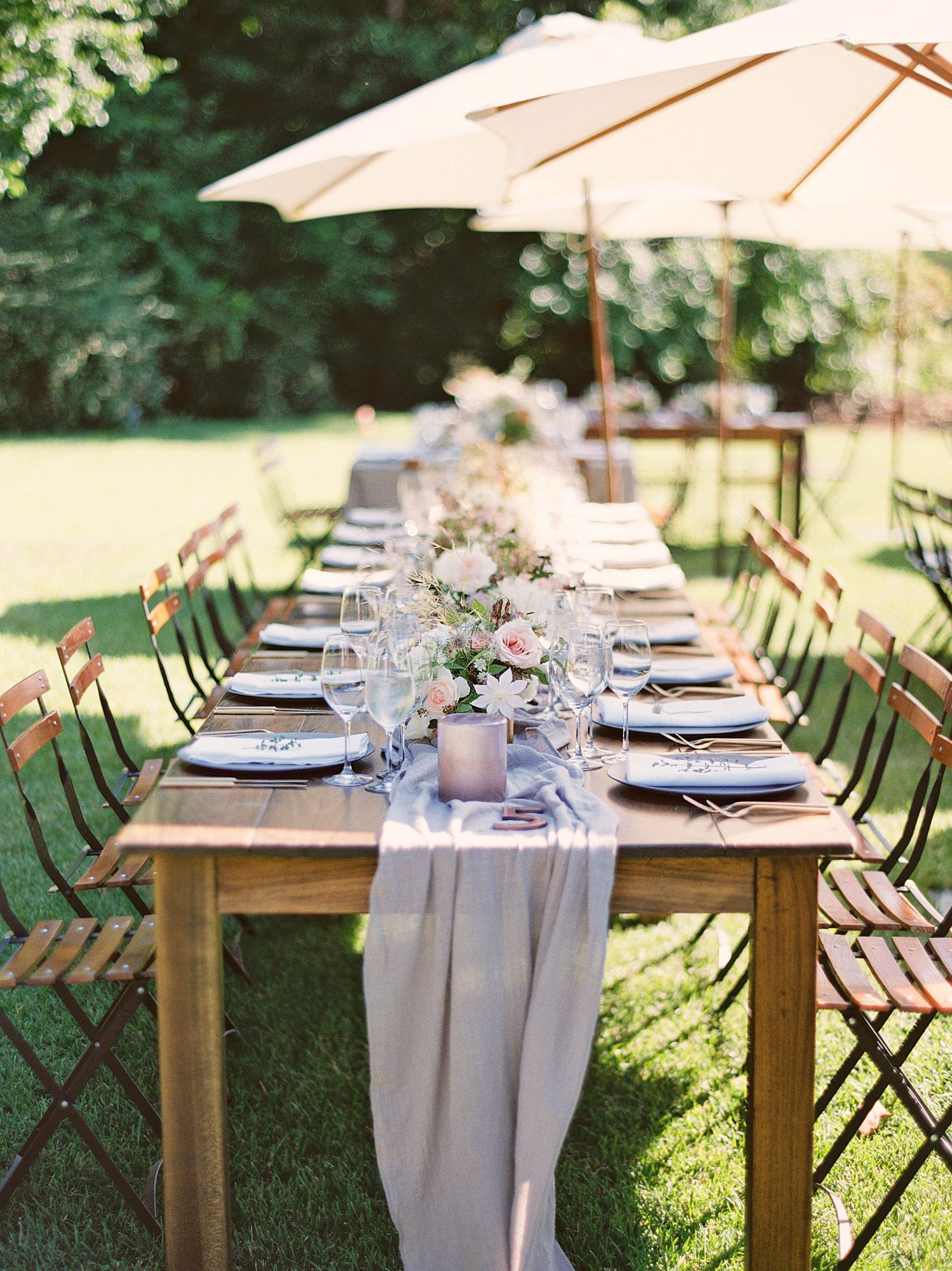 spring wedding outdoor table setting