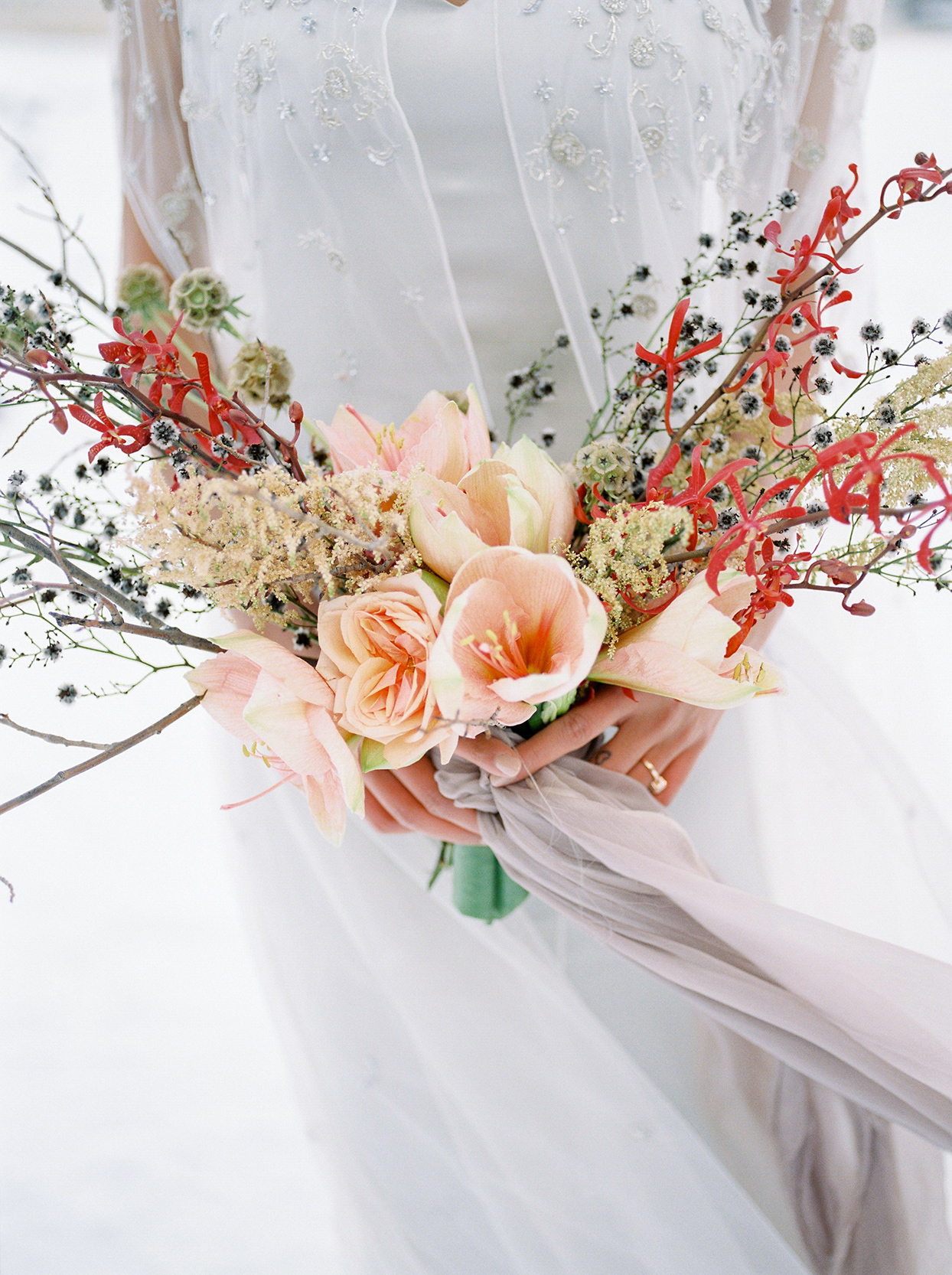 contemporary twig branch wedding bouquet