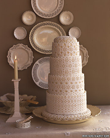 Creamware Wedding Cake