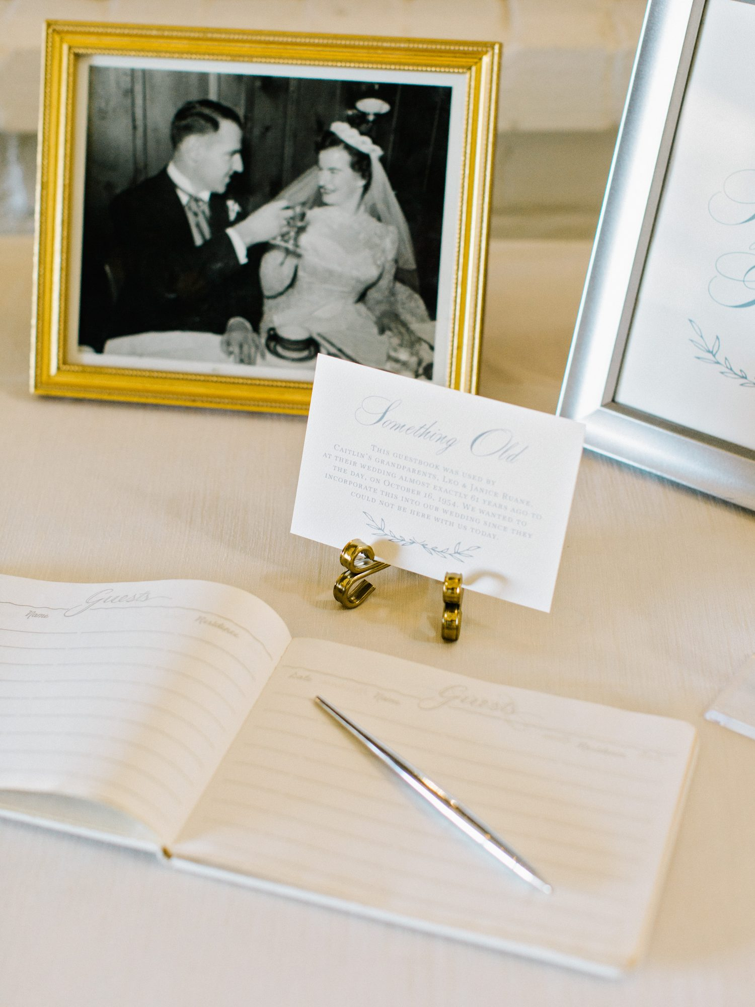 Heirloom Guest Book