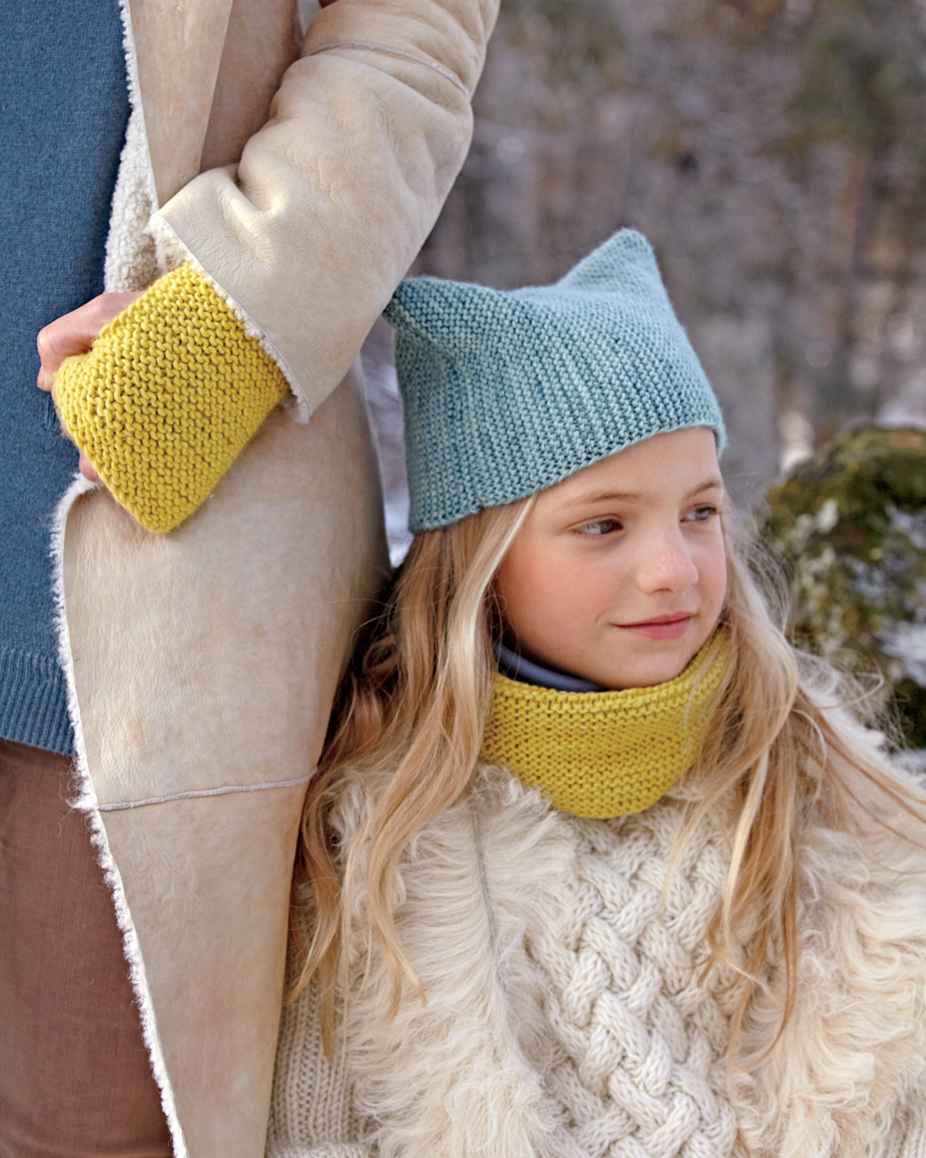 Child's Knit Hat and Cowl