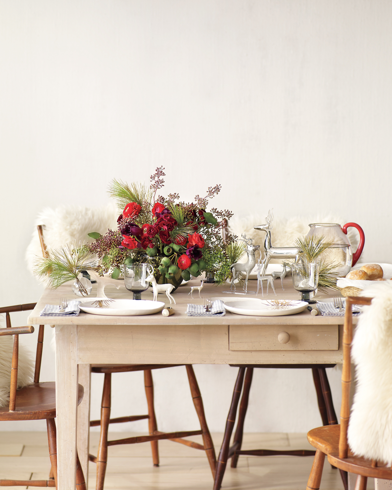 seasonal-flowers-deer-table-mld108425.jpg