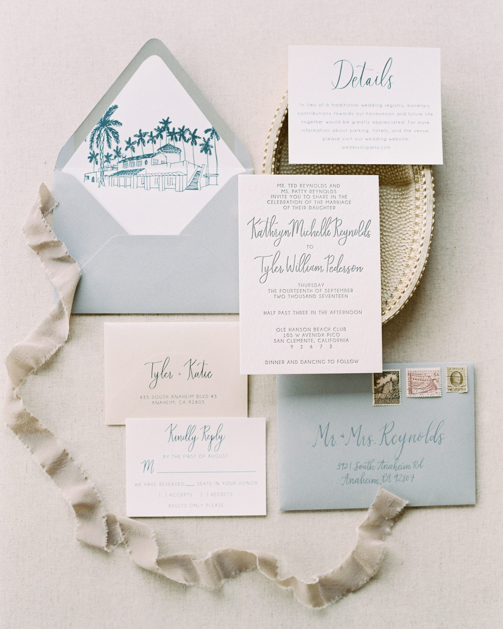 Pirouette Paper used two sea-inspired hues—light blue and a sandy brown—for this California beach club wedding's invitations.
