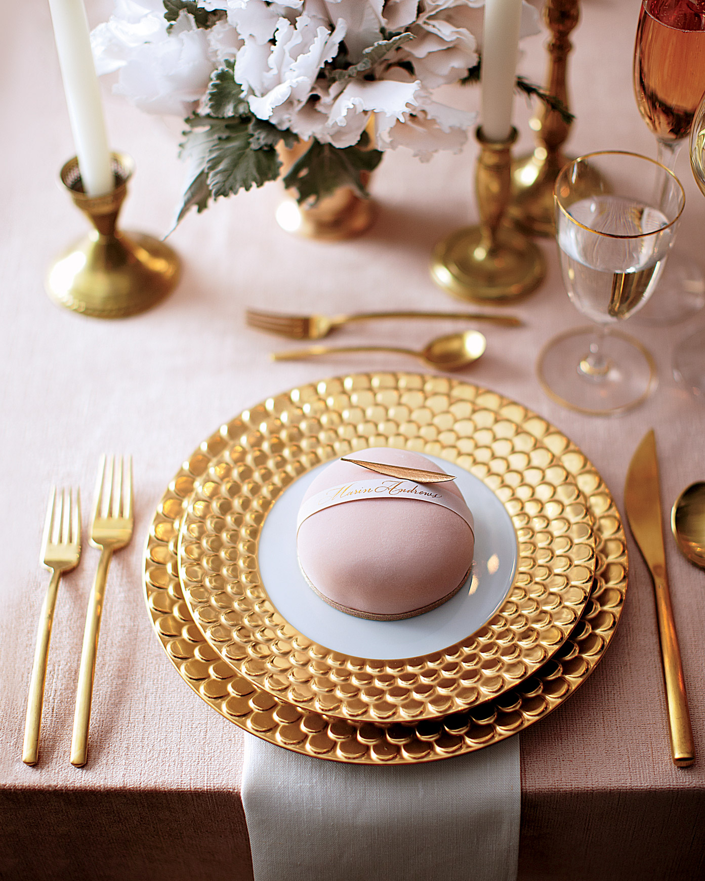 table-setting-mwd107369.jpg