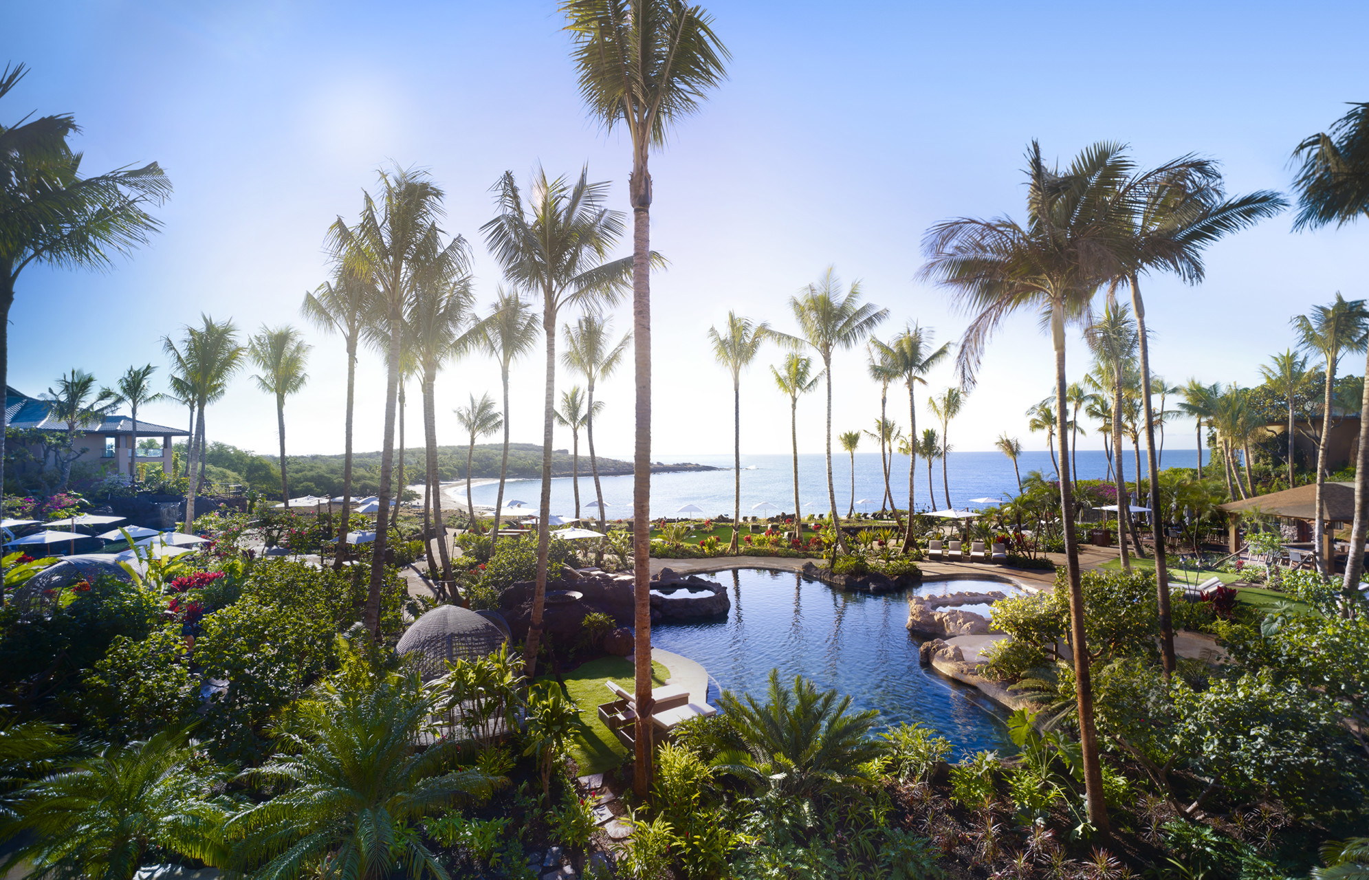 honeymooners guide hawaii four seasons resort lanai