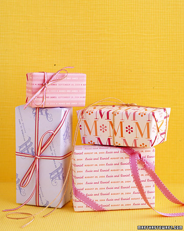 Pre-Wrapped and Personalized Favors