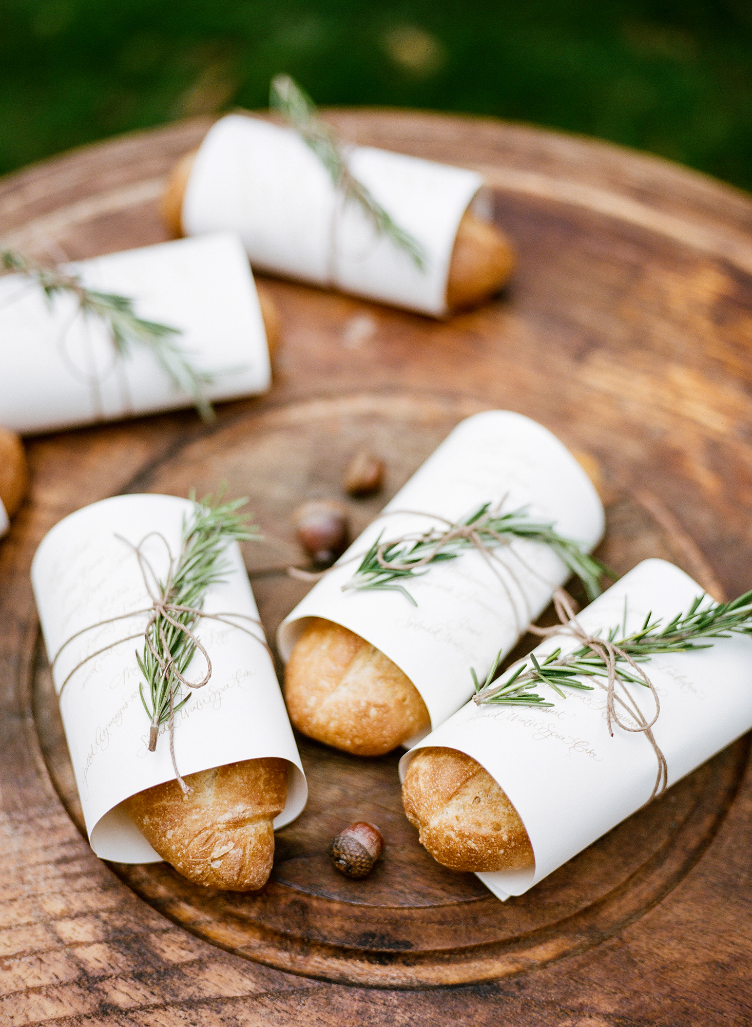 Sometimes a simple baguette is just what your guests need after a night of drinking and dancing. We love the rustic details added to this hearty, hassle-free favor by Rebecca Rose Events.