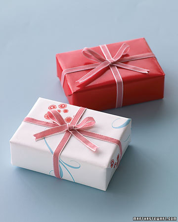 Red and White Favor Boxes