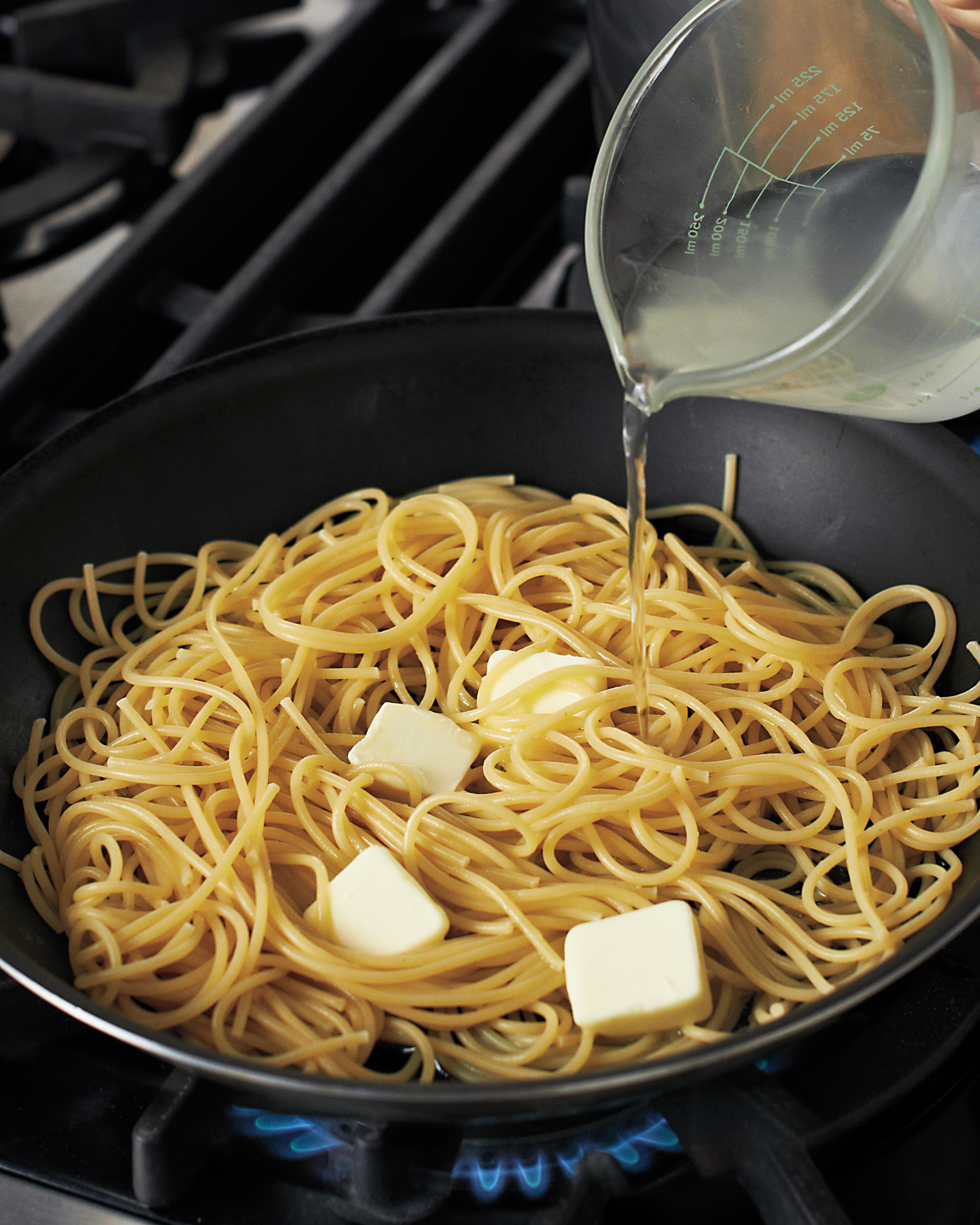 Pasta Water Is the Key to a Lush, Silky Sauce
