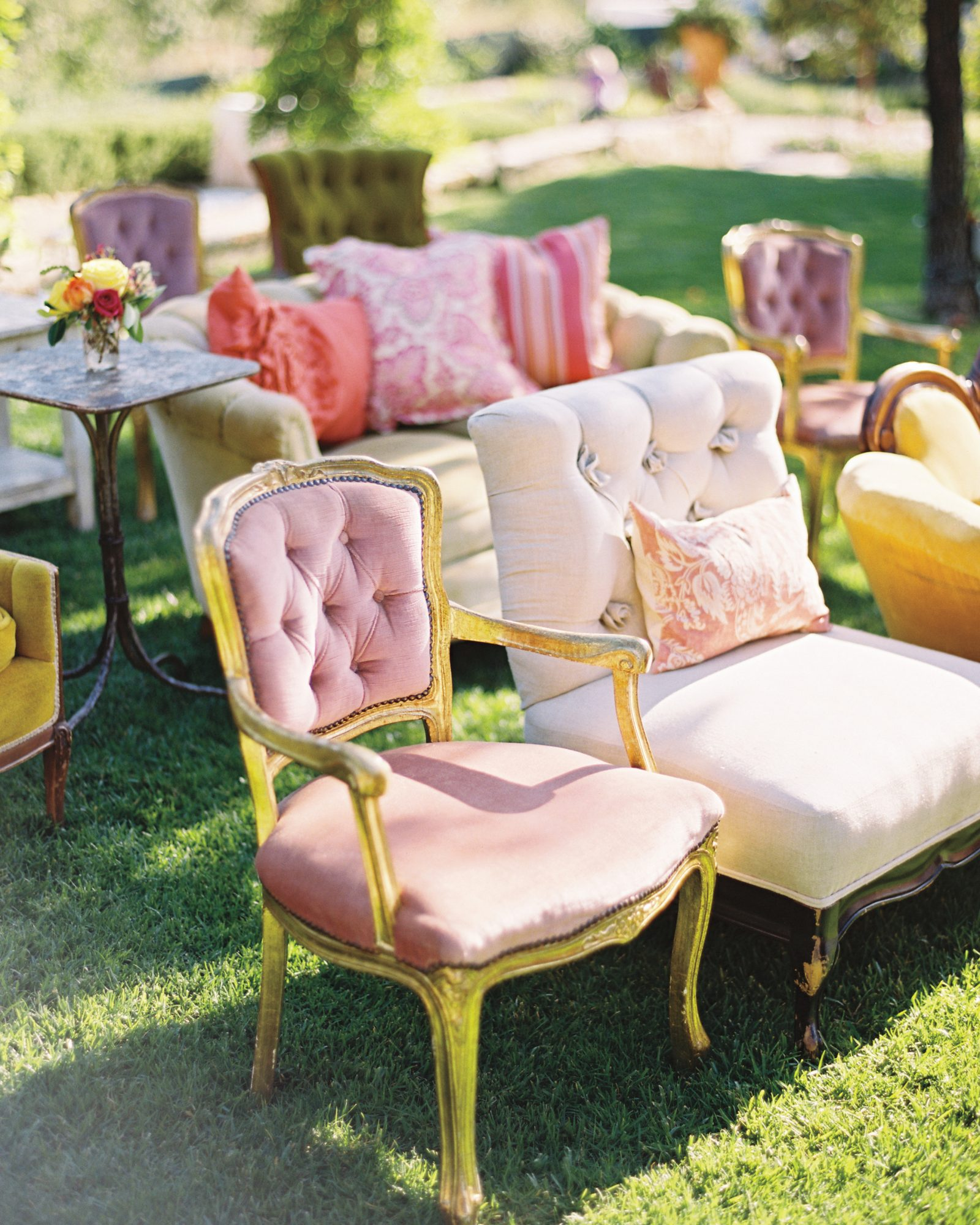 Romantic Seating