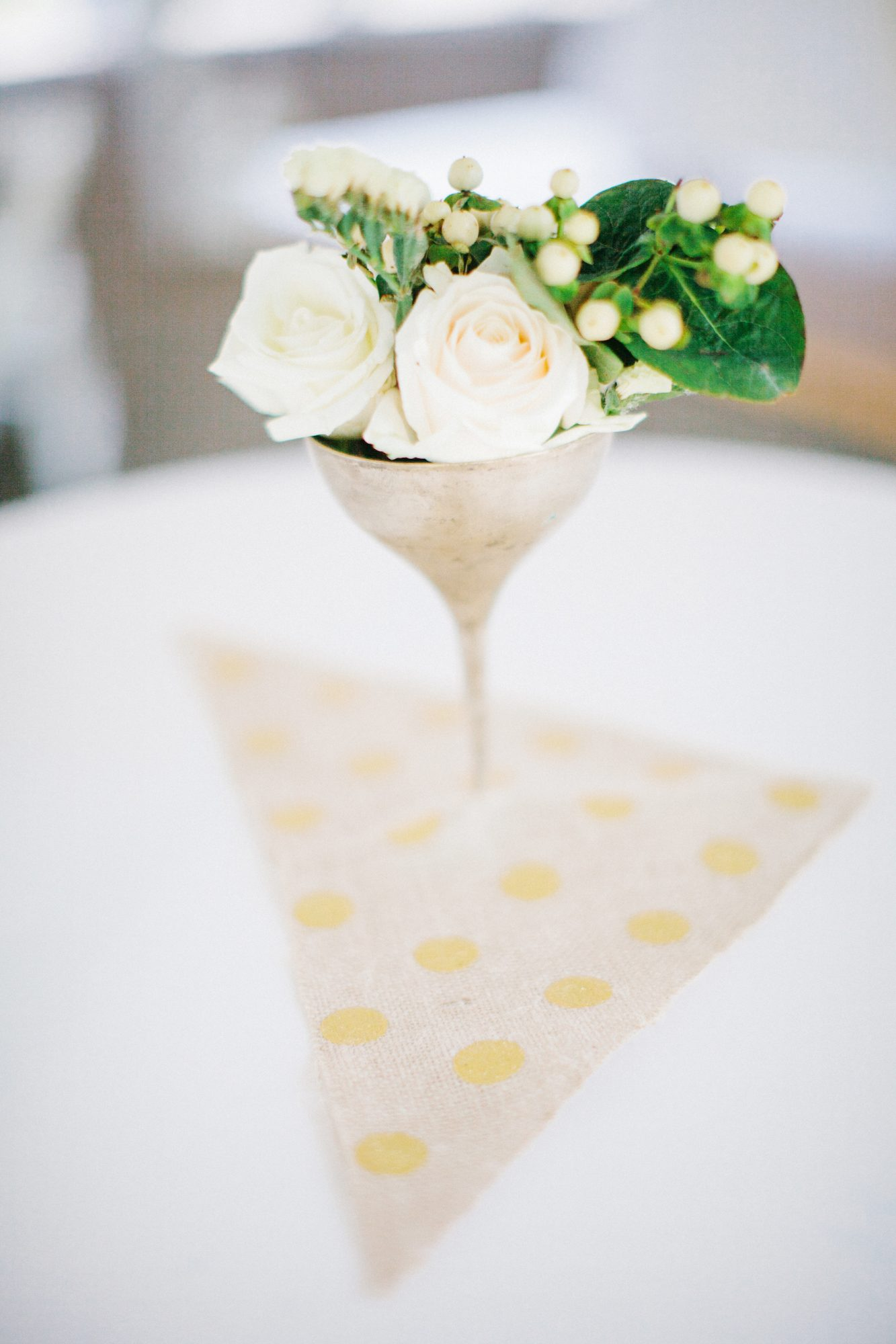 simple wedding centerpiece
