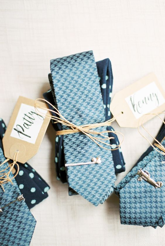 groomsmen accessories bridal party gift